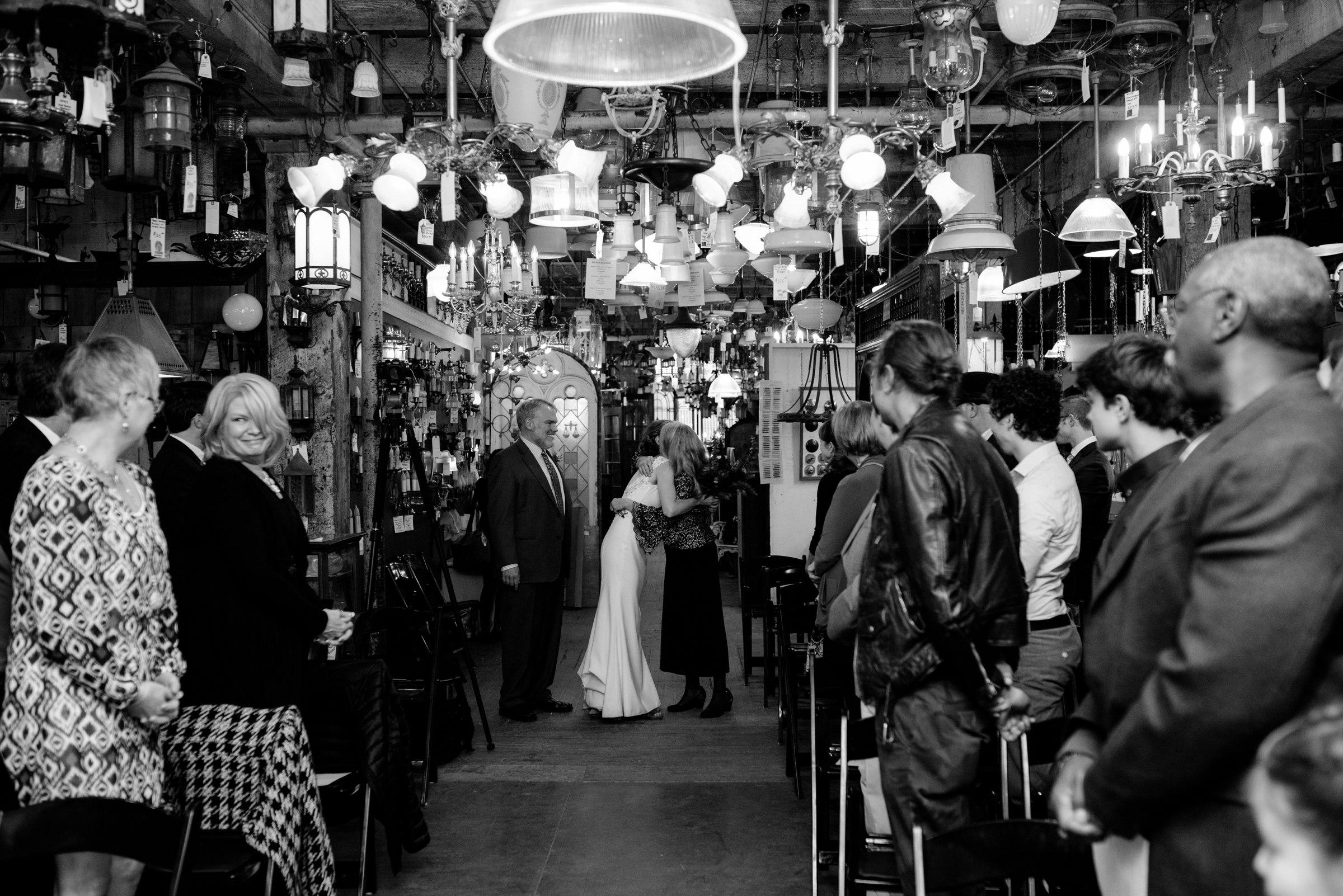 best-elopement-austin-minneapolis-northeast-adventurous-wedding-warehouse-modern-loft-moroccan_0069.jpg