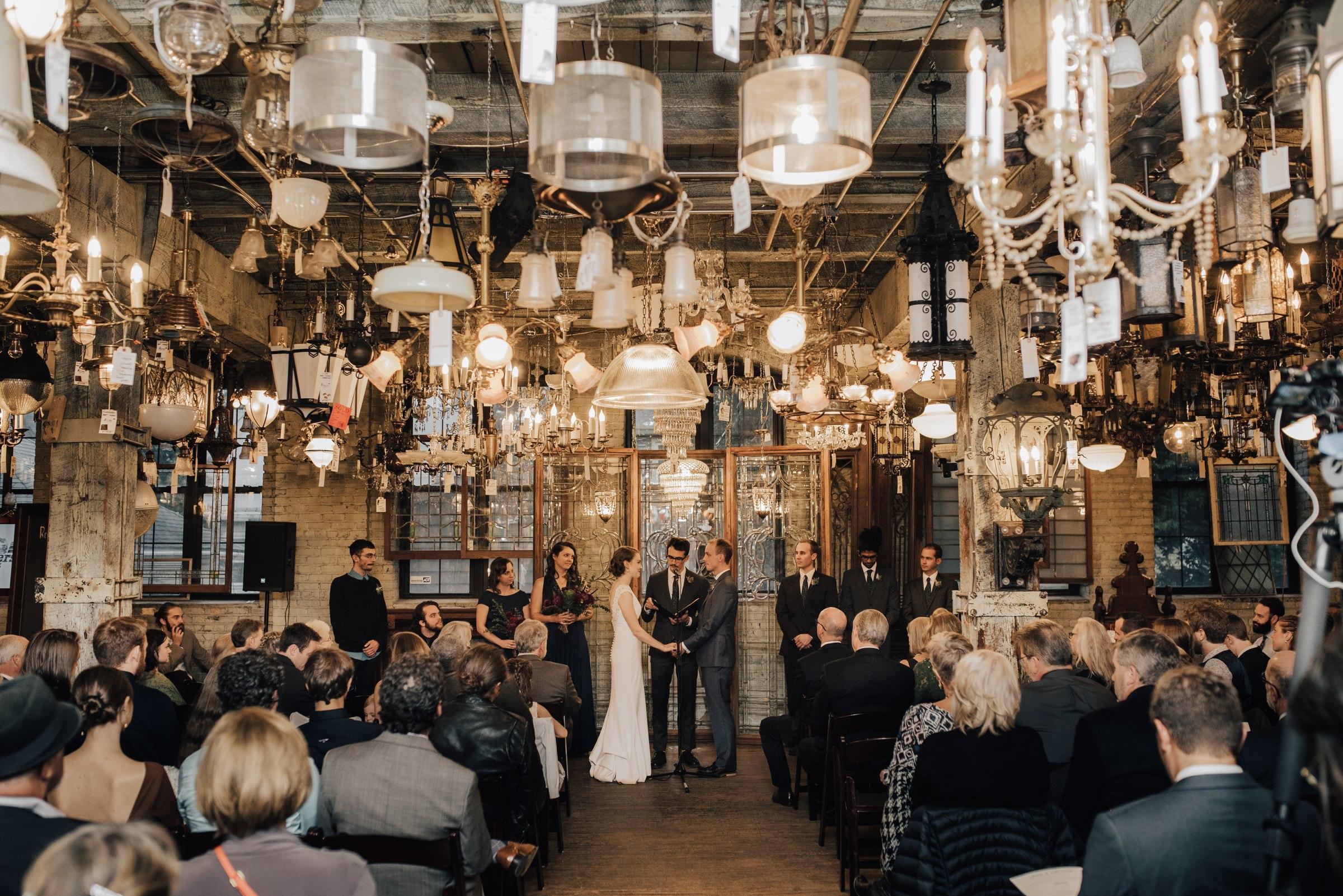 best-elopement-austin-minneapolis-northeast-adventurous-wedding-warehouse-modern-loft-moroccan_0074.jpg