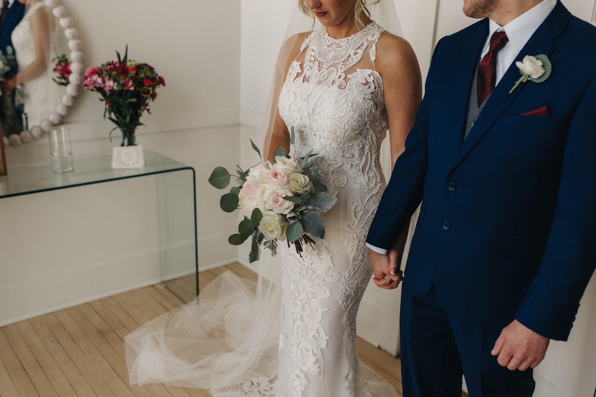 elopement-photographer-austin-best-wedding-minneapolis-adventurous-wedding-modern-morocco-new york-new orleans-mexica-costa rica-italy-affordable-best_0045.jpg