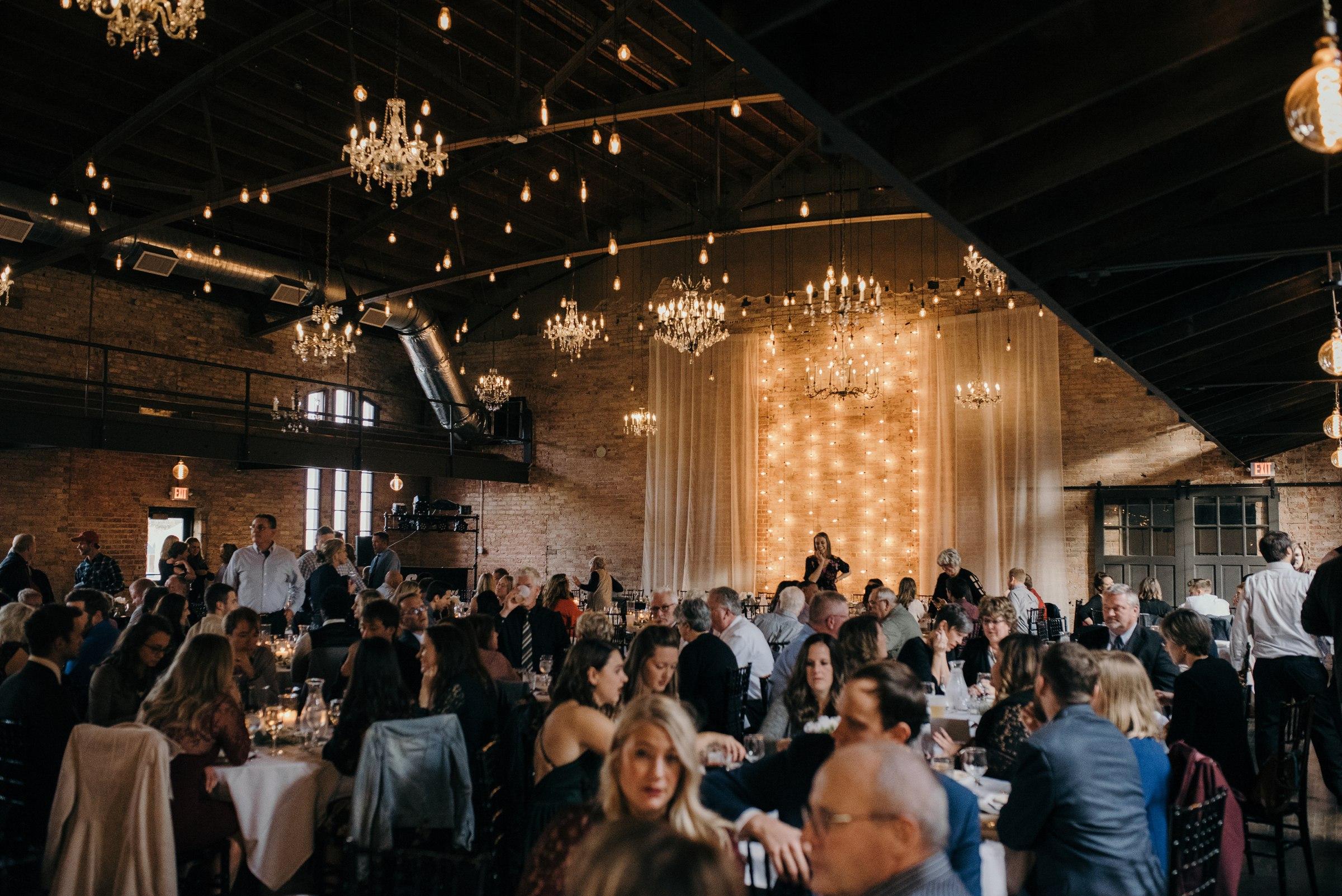 elopement-photographer-austin-best-wedding-minneapolis-adventurous-wedding-modern-morocco-new york-new orleans-mexica-costa rica-italy-affordable-best_0063.jpg