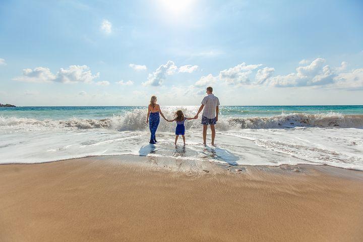 beach-1867271__480.jpg