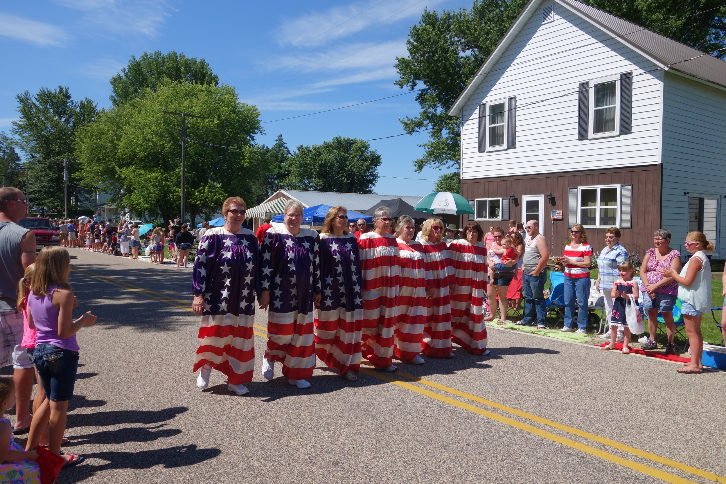 The Living Flag, Witwen Fourth of July Parade