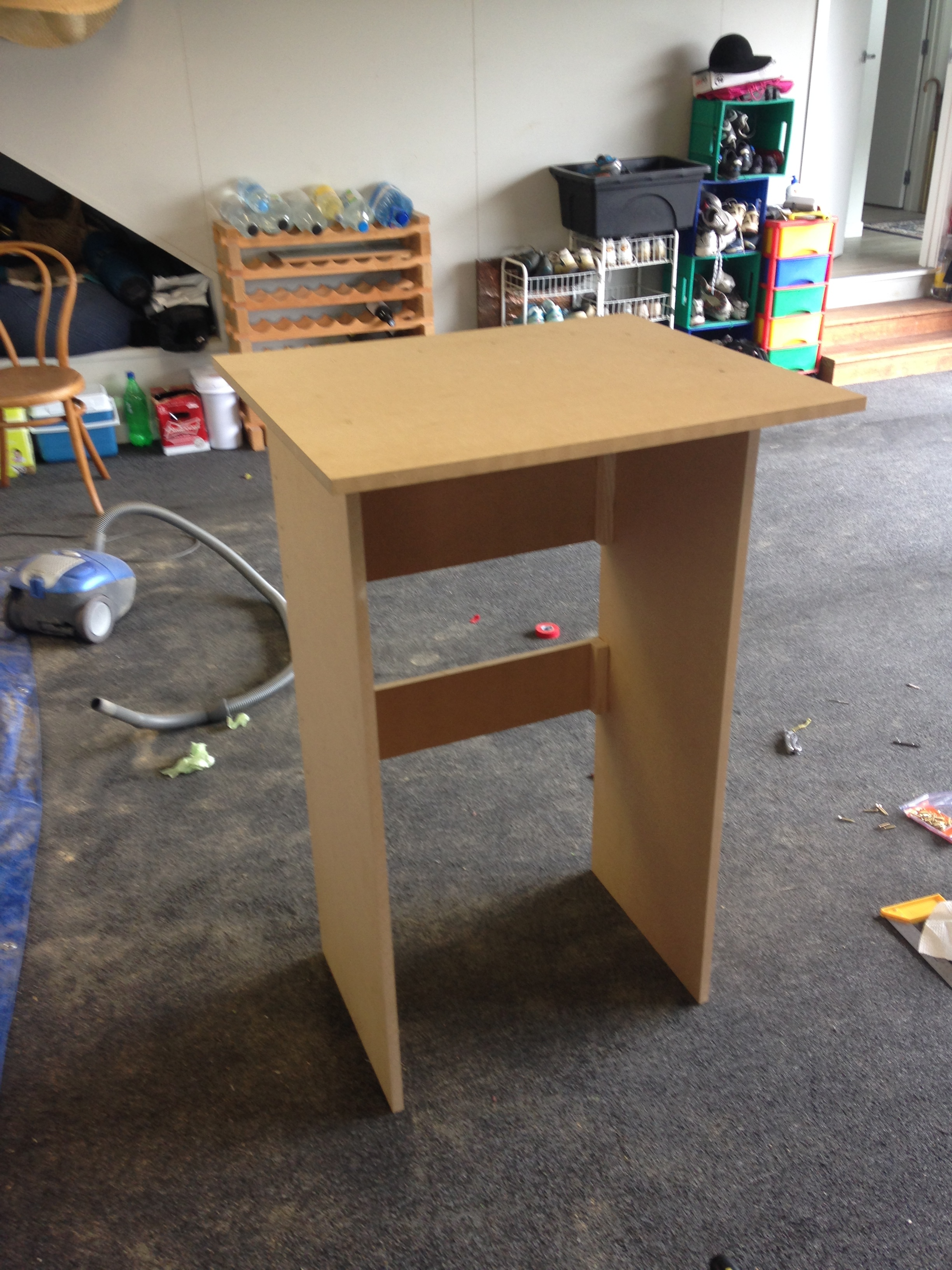 As well as that I made myself a standing desk! the cure for a sore back. I have never made anything significant out of wood on my own before so the process was a lot of fun and it turned out far better than I expected!