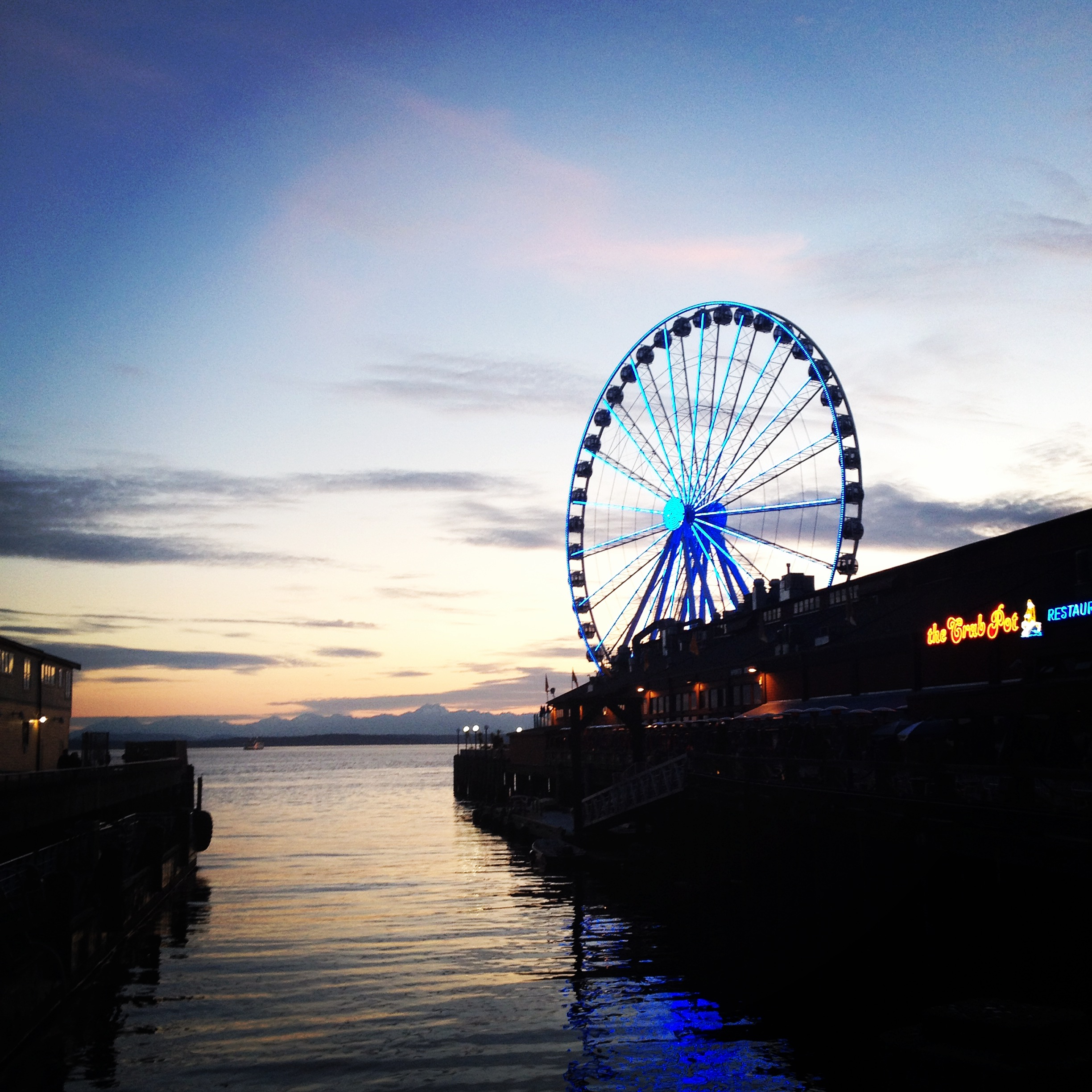 Seattle's great wheel. This was not here two years ago.