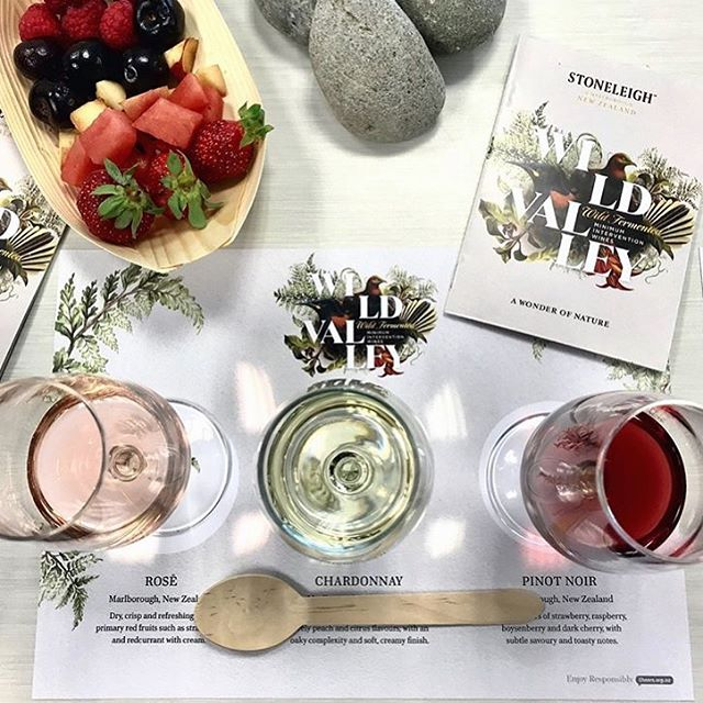 Welcome to the Wild Valley! Booklet and wine tasting mat designed by yours truely for @stoneleighwine. Regram 📷 @thewinesoftheworld • • • • •#wine #winetasting #wildvalley #graphicdesign #winelover #food #foodartist #rosè #chardonnay #nzwines #winestagram