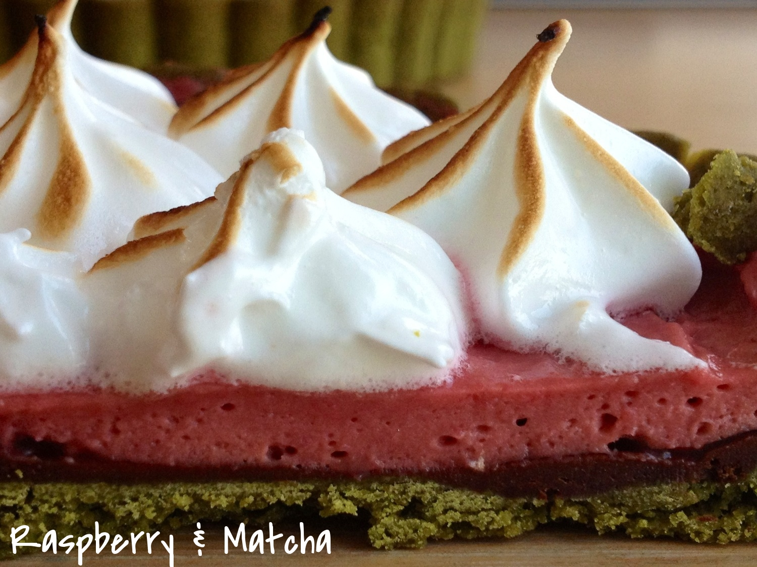 Meringue raspberry tart3.JPG