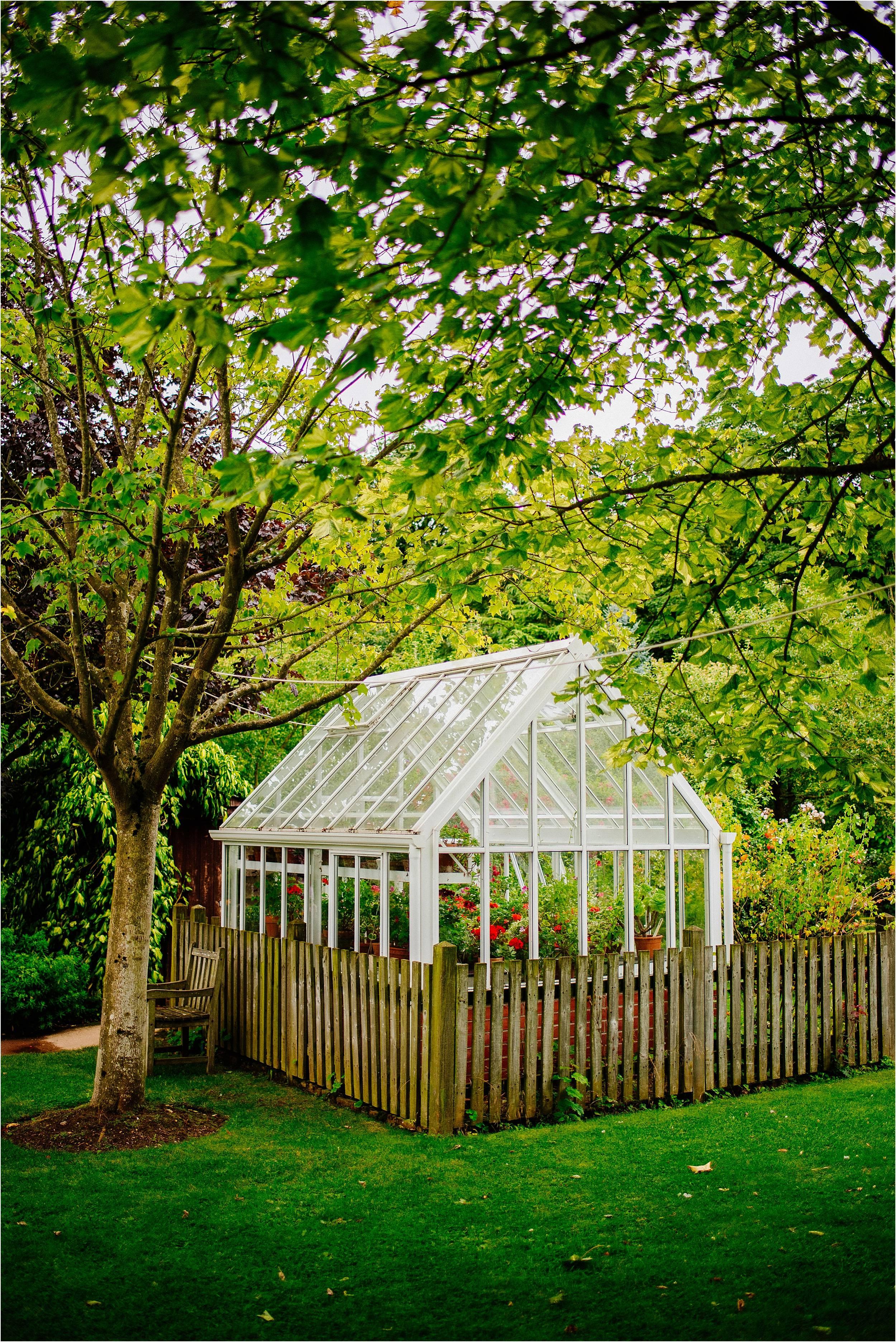 Barnsdale Gardens Wedding Photographer_0049.jpg