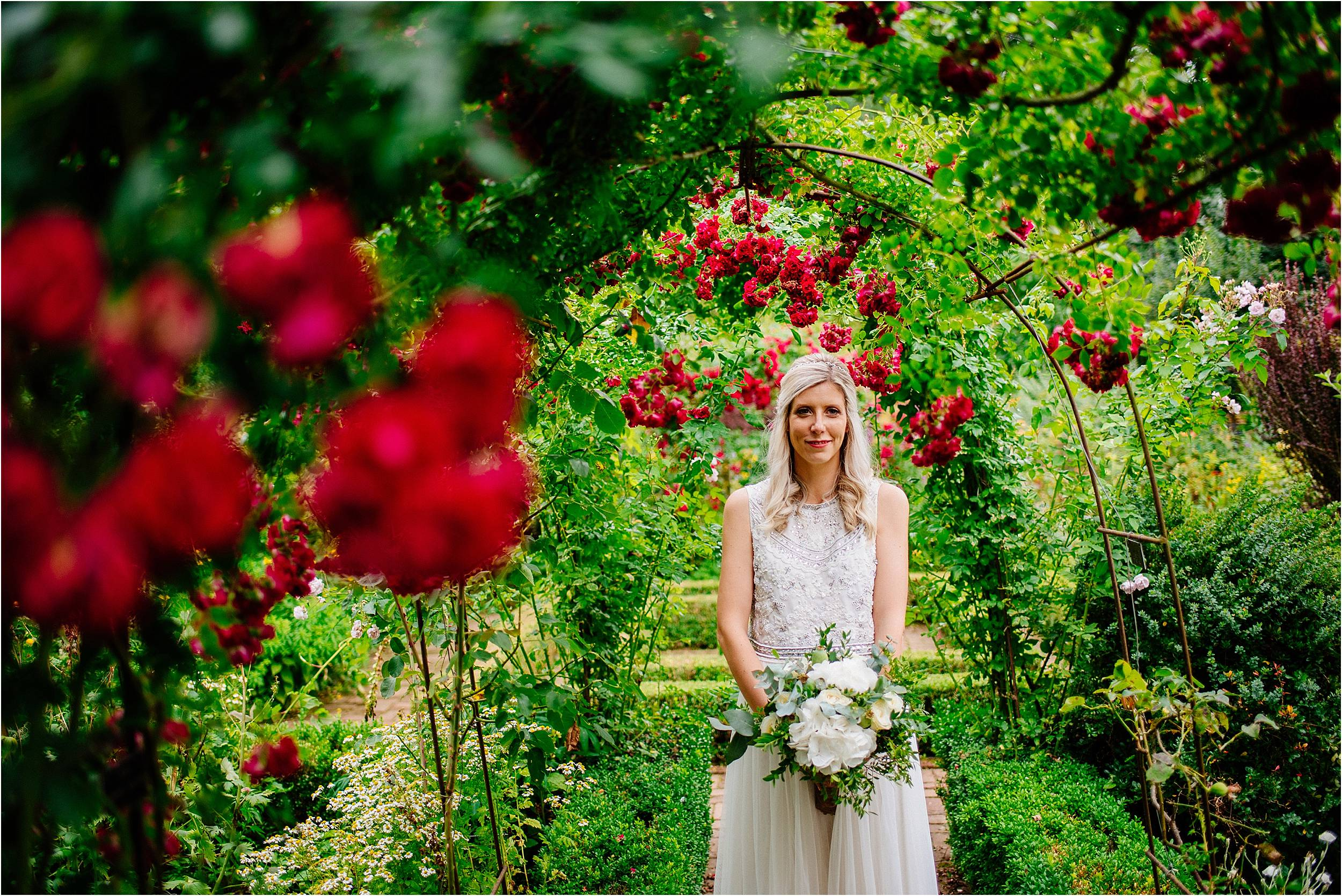 Barnsdale Gardens Wedding Photographer_0062.jpg