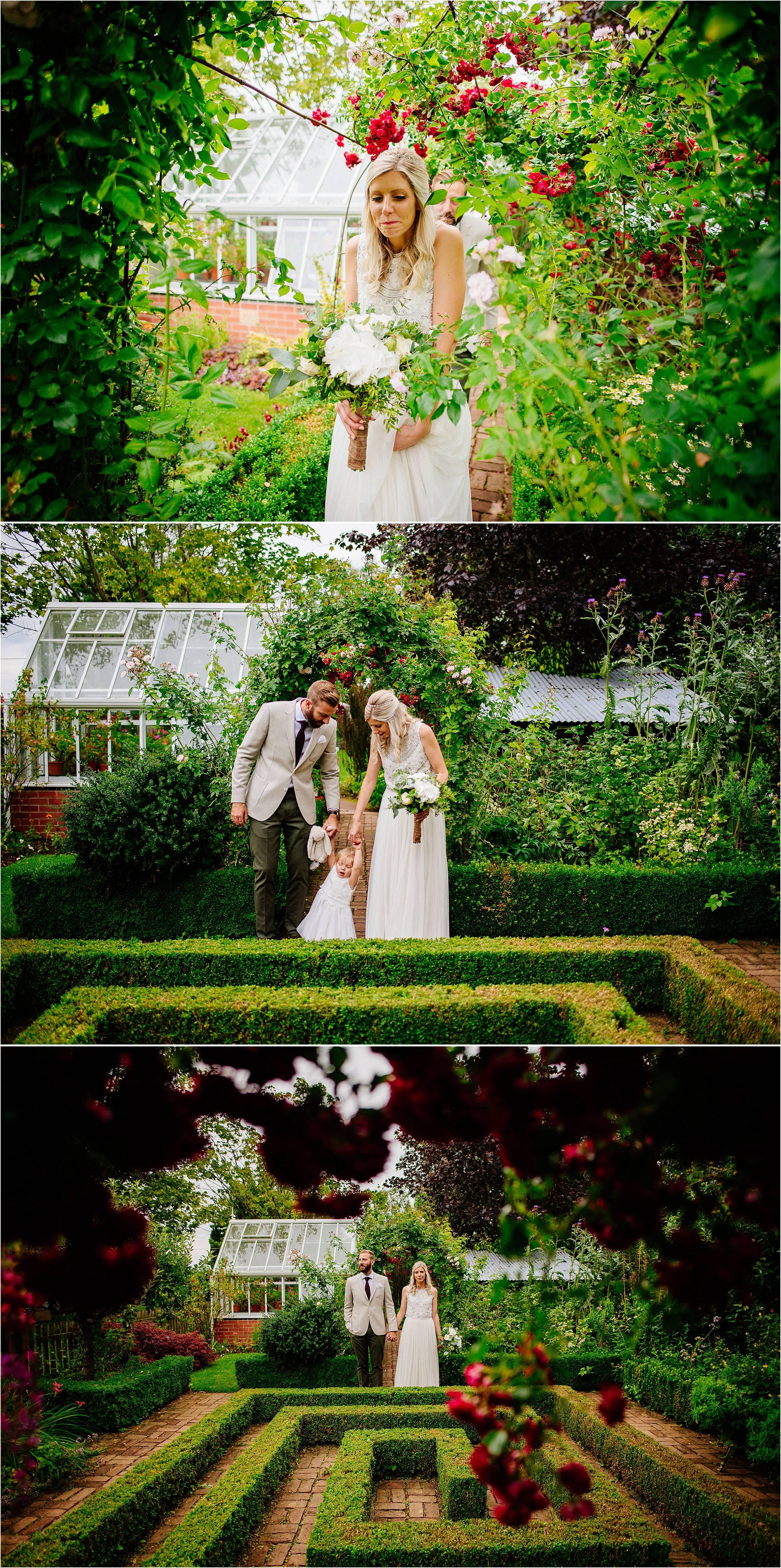 Barnsdale Gardens Wedding Photographer_0069.jpg
