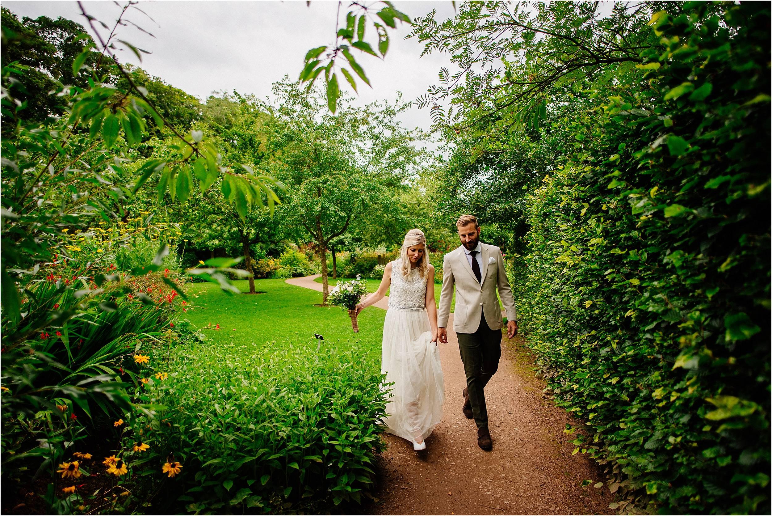 Barnsdale Gardens Wedding Photographer_0073.jpg