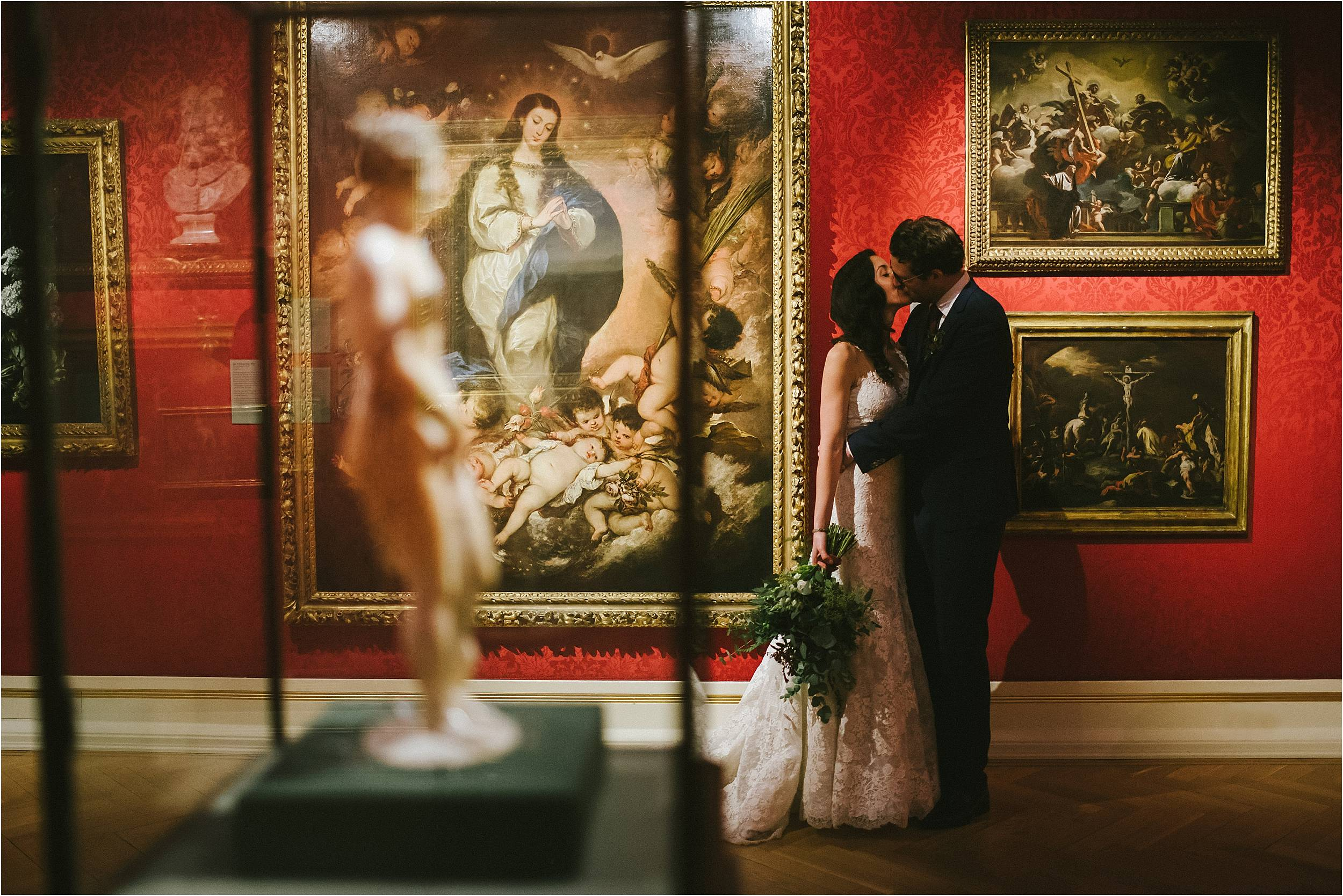 Oxford Ashmolean Museum Wedding Photography_0120.jpg
