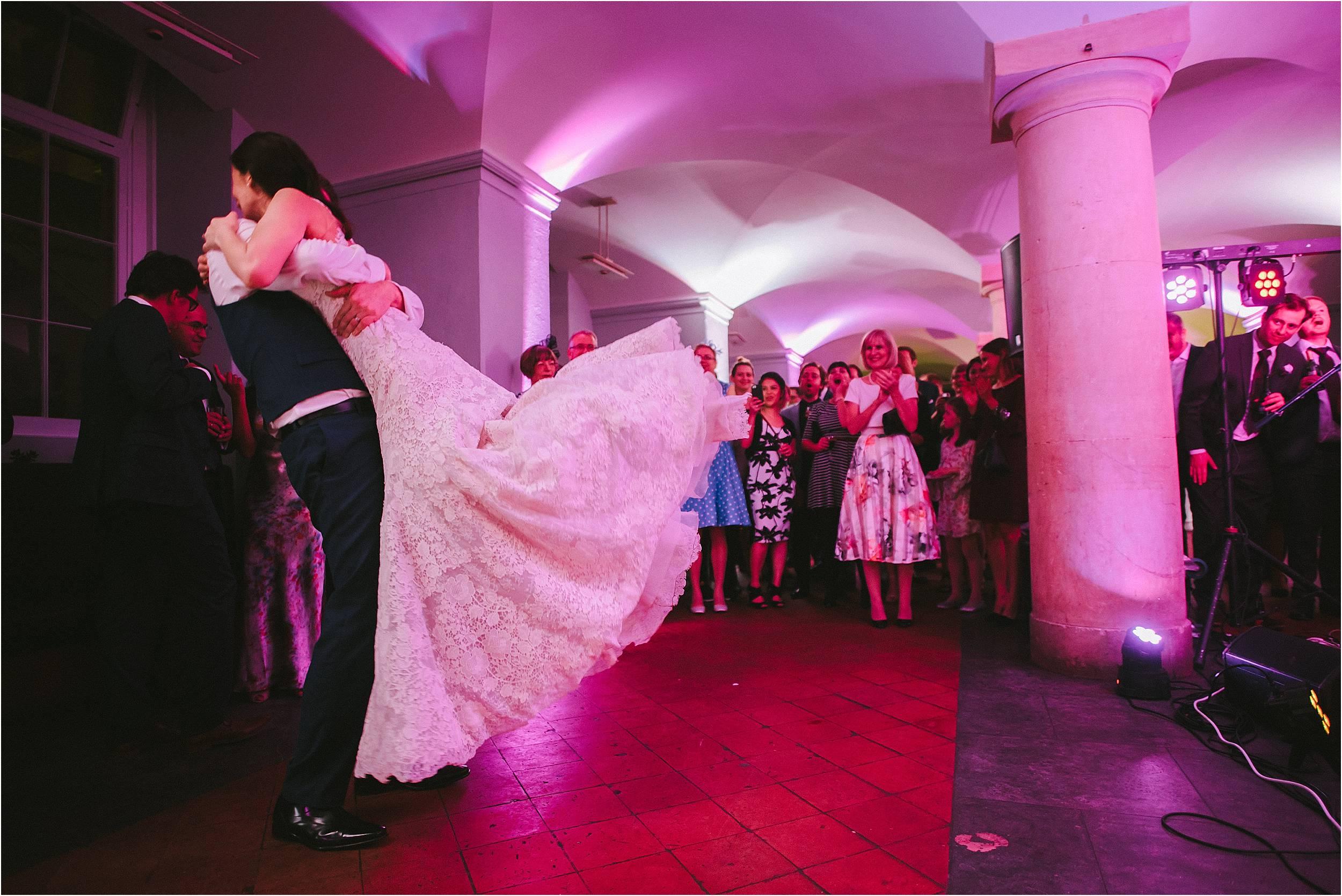 Oxford Ashmolean Museum Wedding Photography_0165.jpg