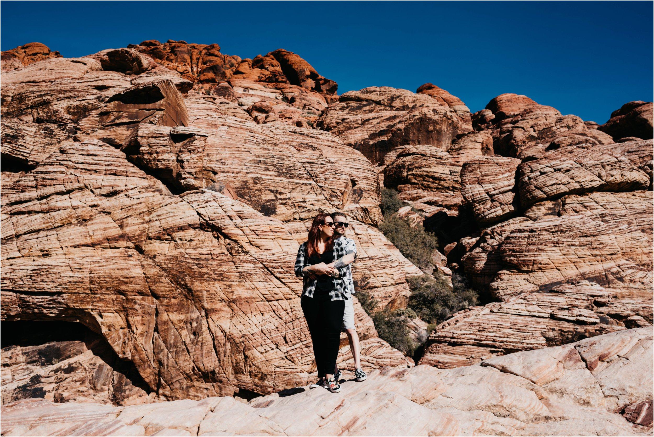 Vegas elopement destination wedding photographer_0016.jpg