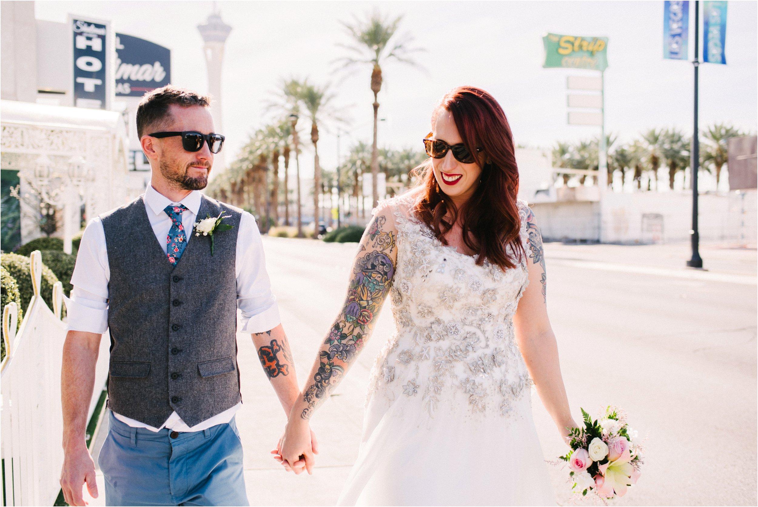 Vegas elopement destination wedding photographer_0097.jpg