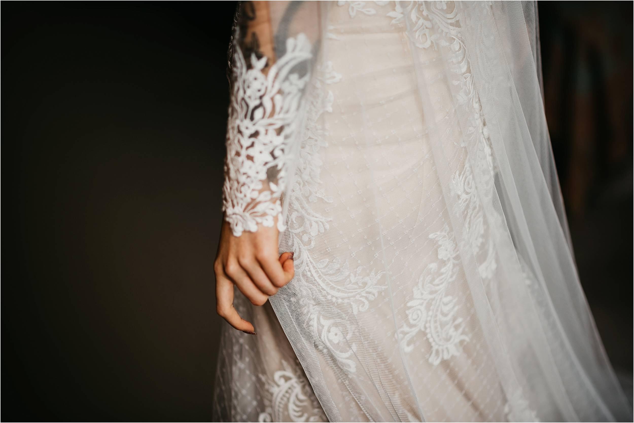 Elmore Court Wedding Photography_0039.jpg