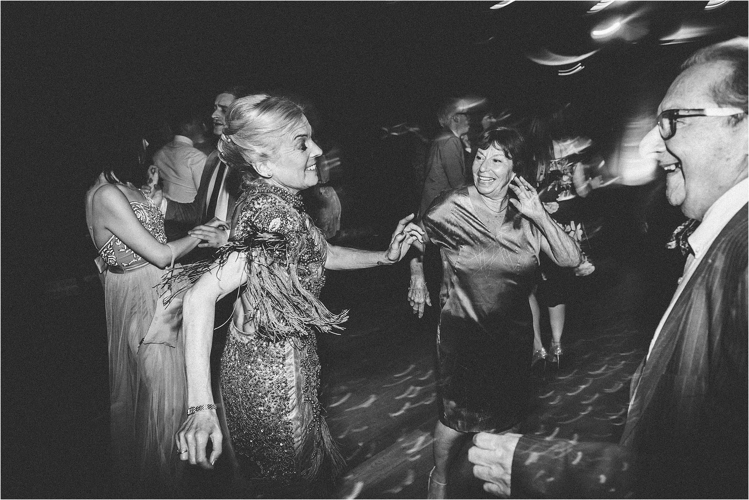 Elmore Court Wedding Photography_0134.jpg