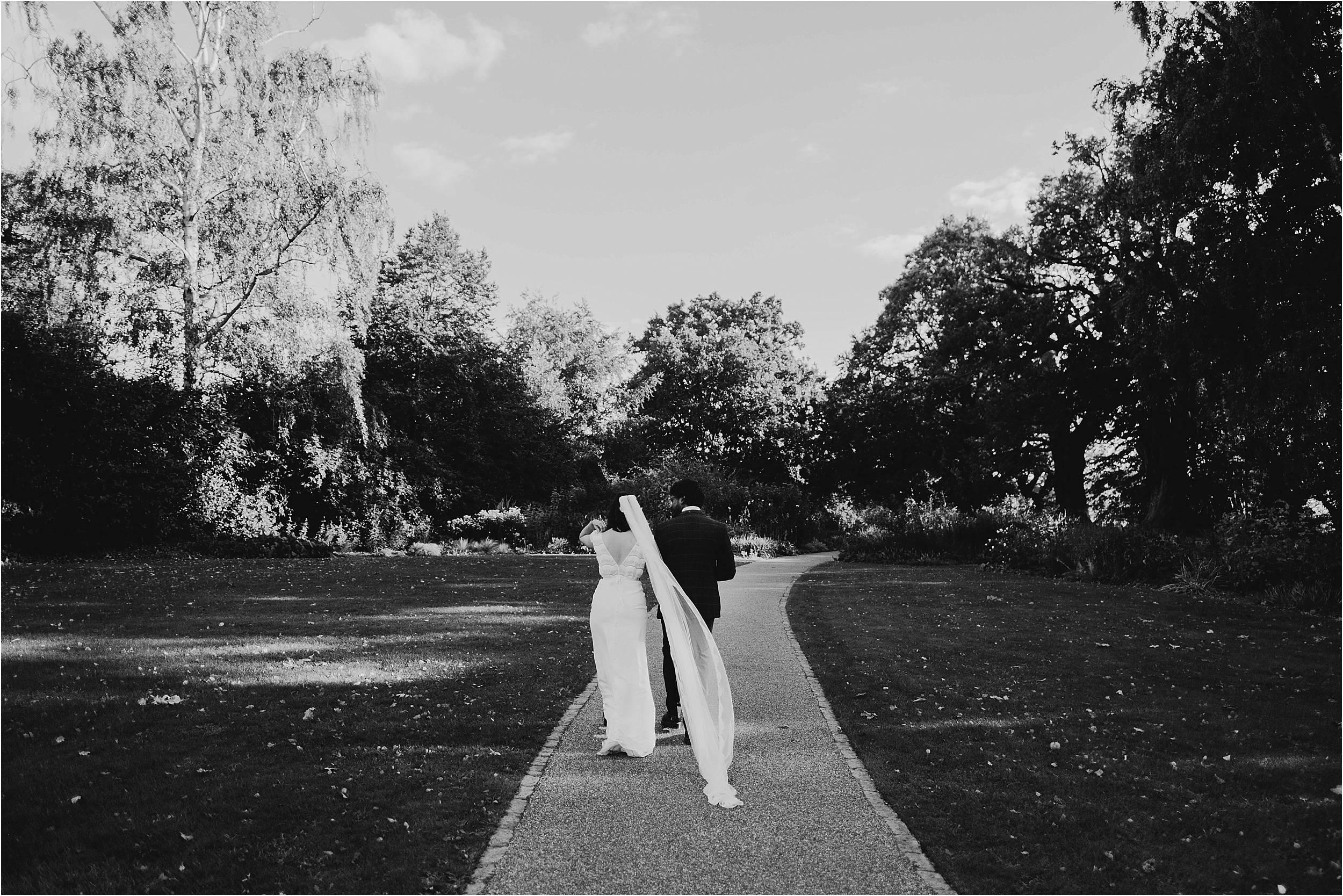 London Wedding Photographer Pembroke Lodge_0141.jpg