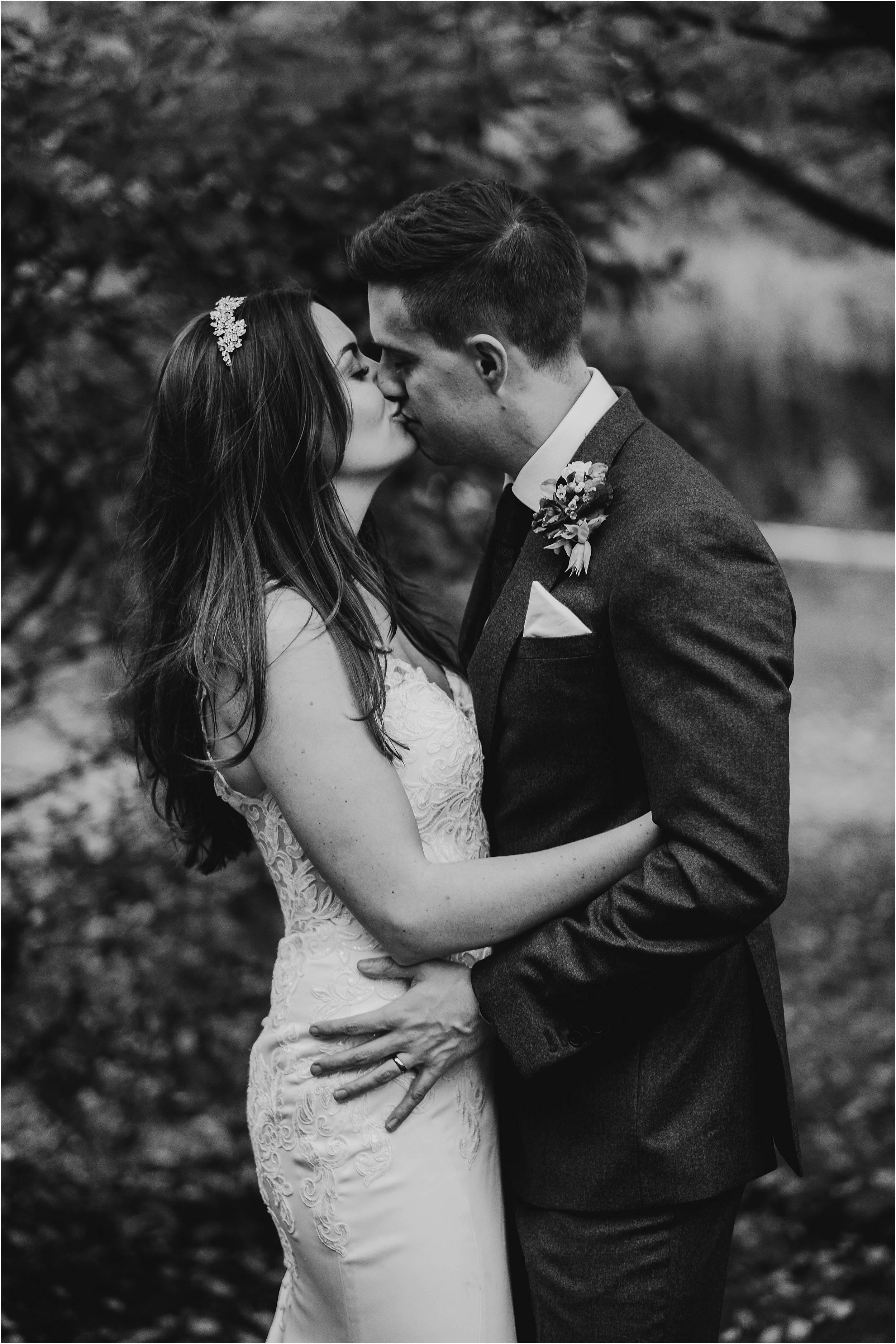 Saltmarshe Hall Wedding Photography_0070.jpg