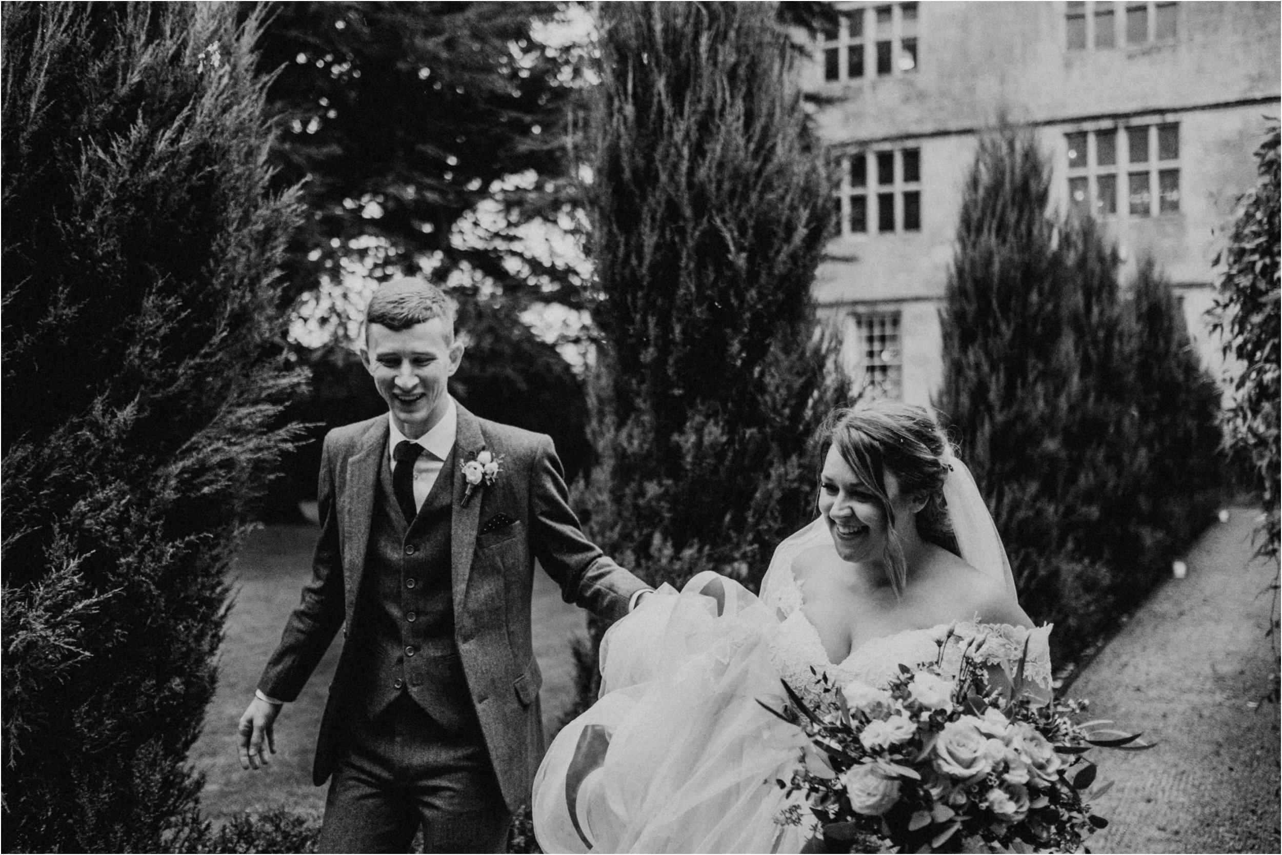 Elmore Court documentary wedding photography_0126.jpg
