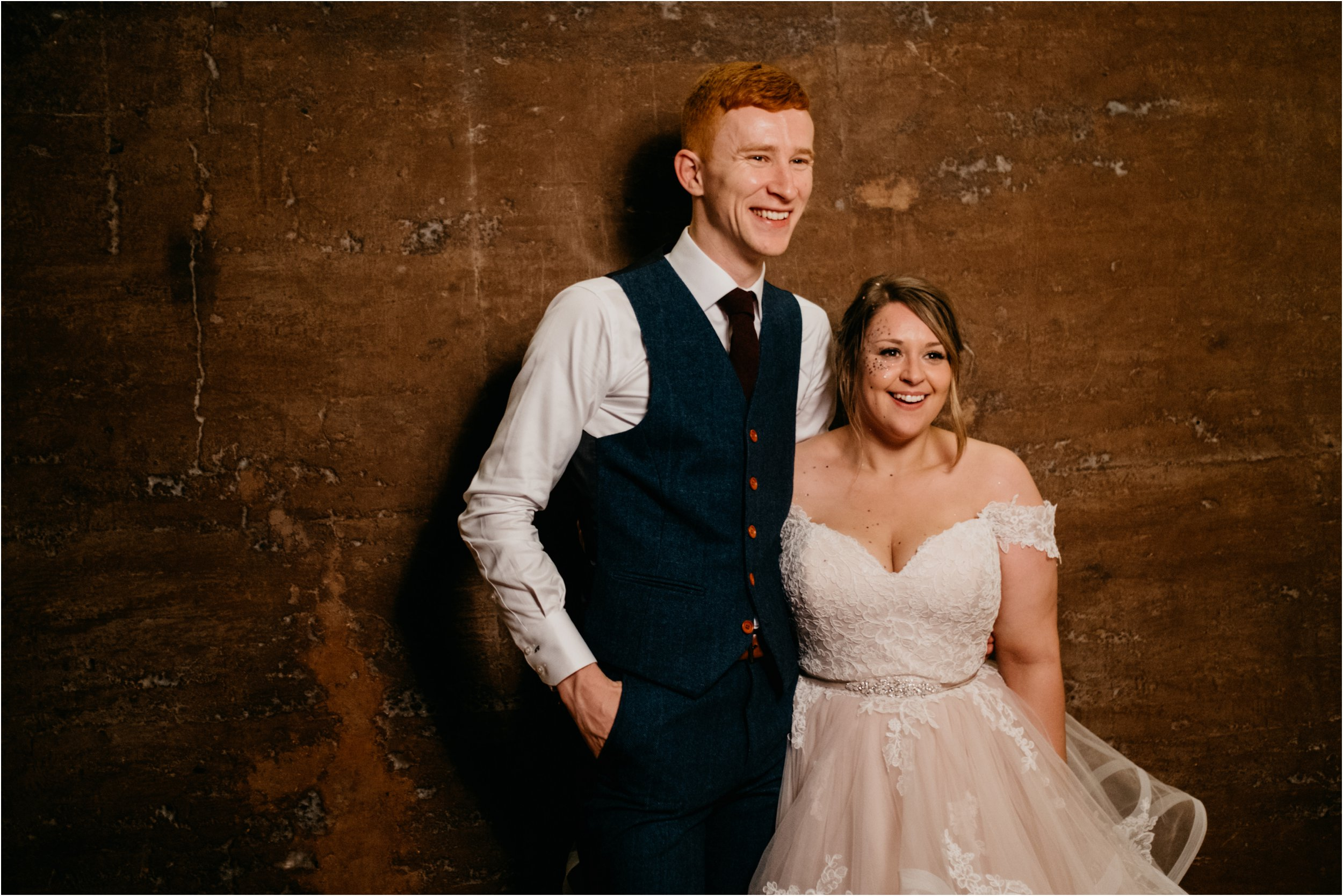Elmore Court documentary wedding photography_0183.jpg
