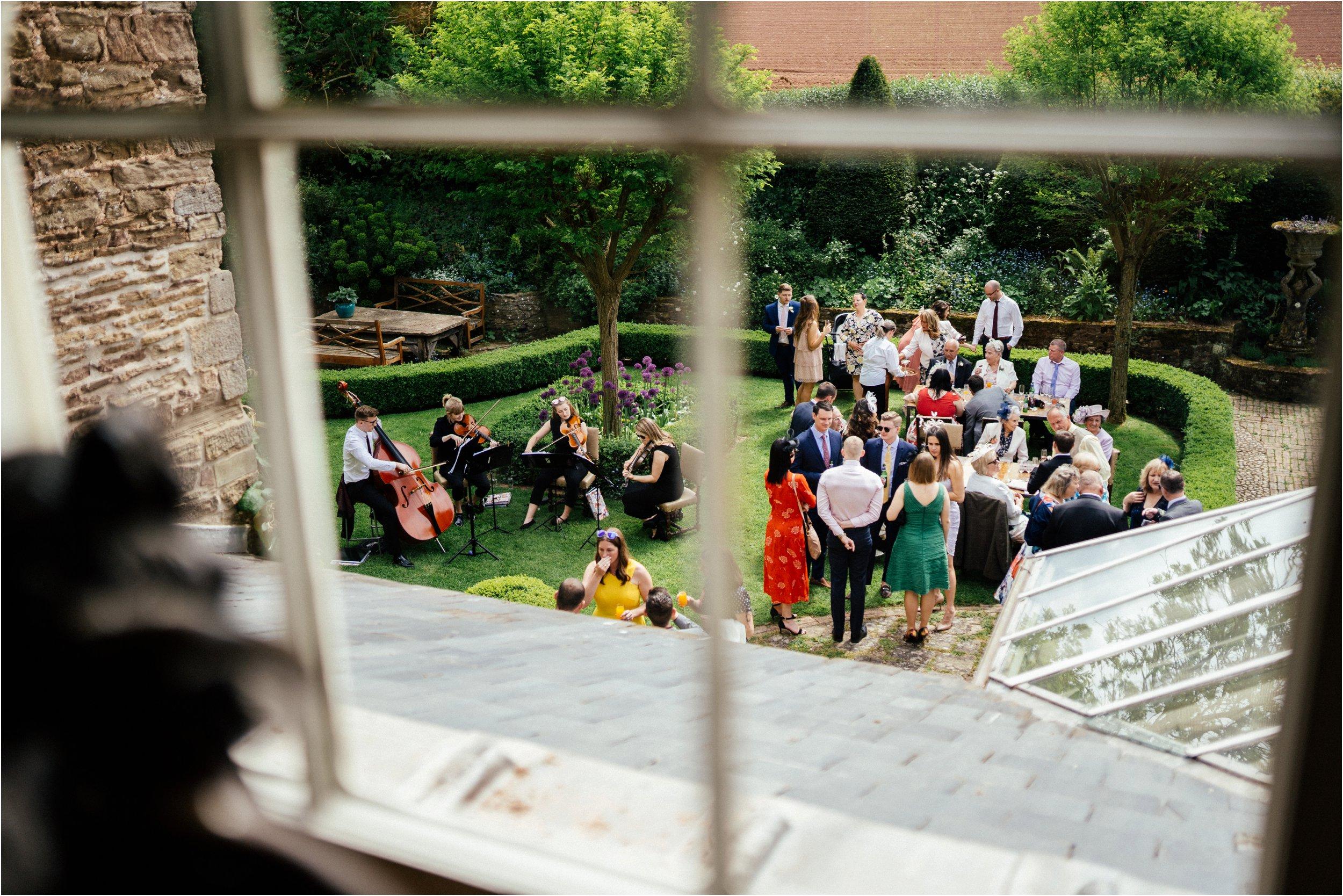 Dewsall Court Herefordshire wedding photographer_0063.jpg