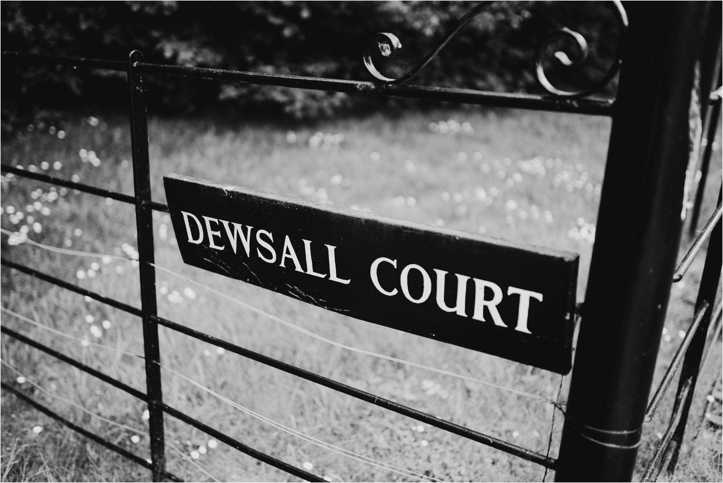 Dewsall Court Herefordshire wedding photographer_0101.jpg