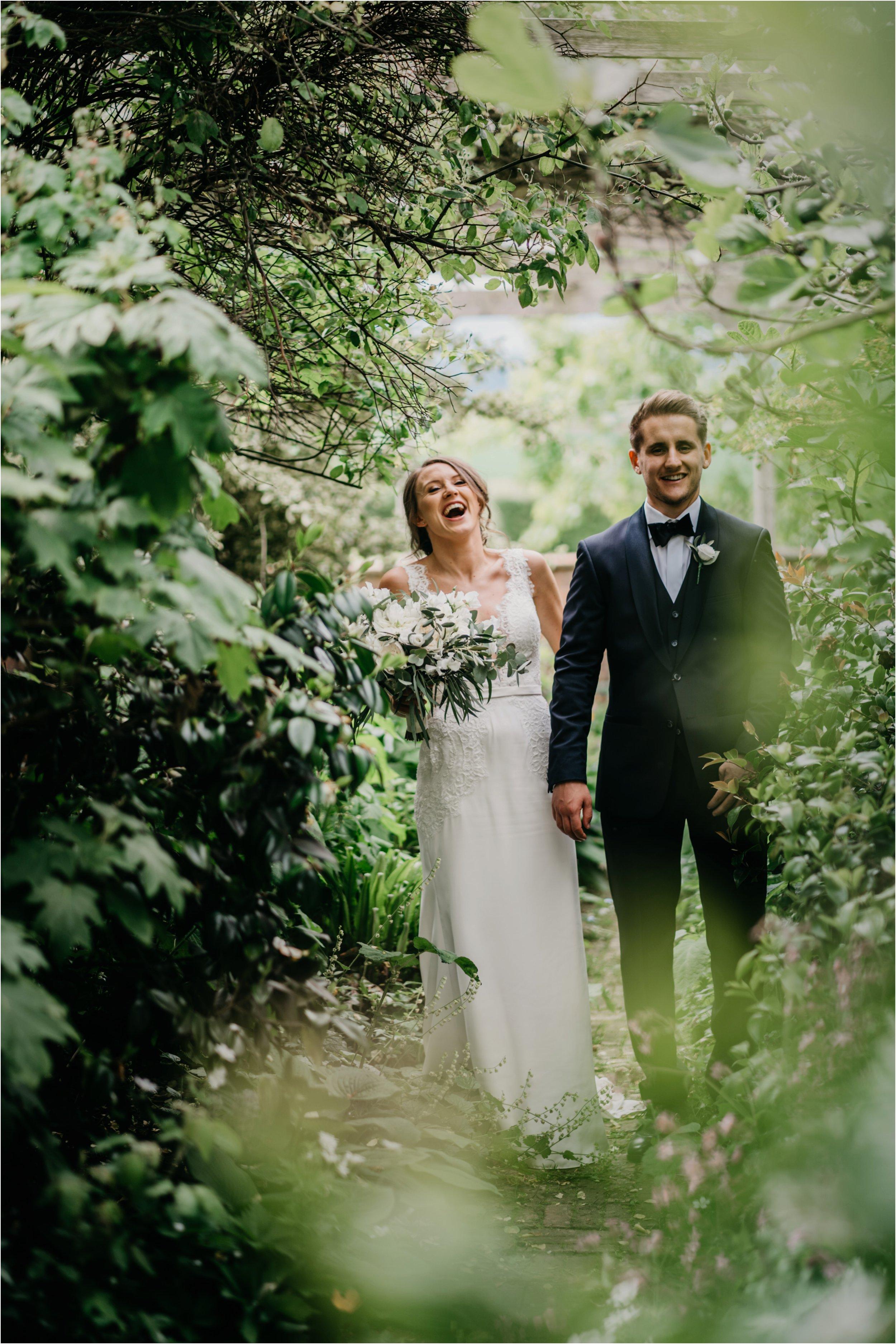 Dewsall Court Herefordshire wedding photographer_0072.jpg