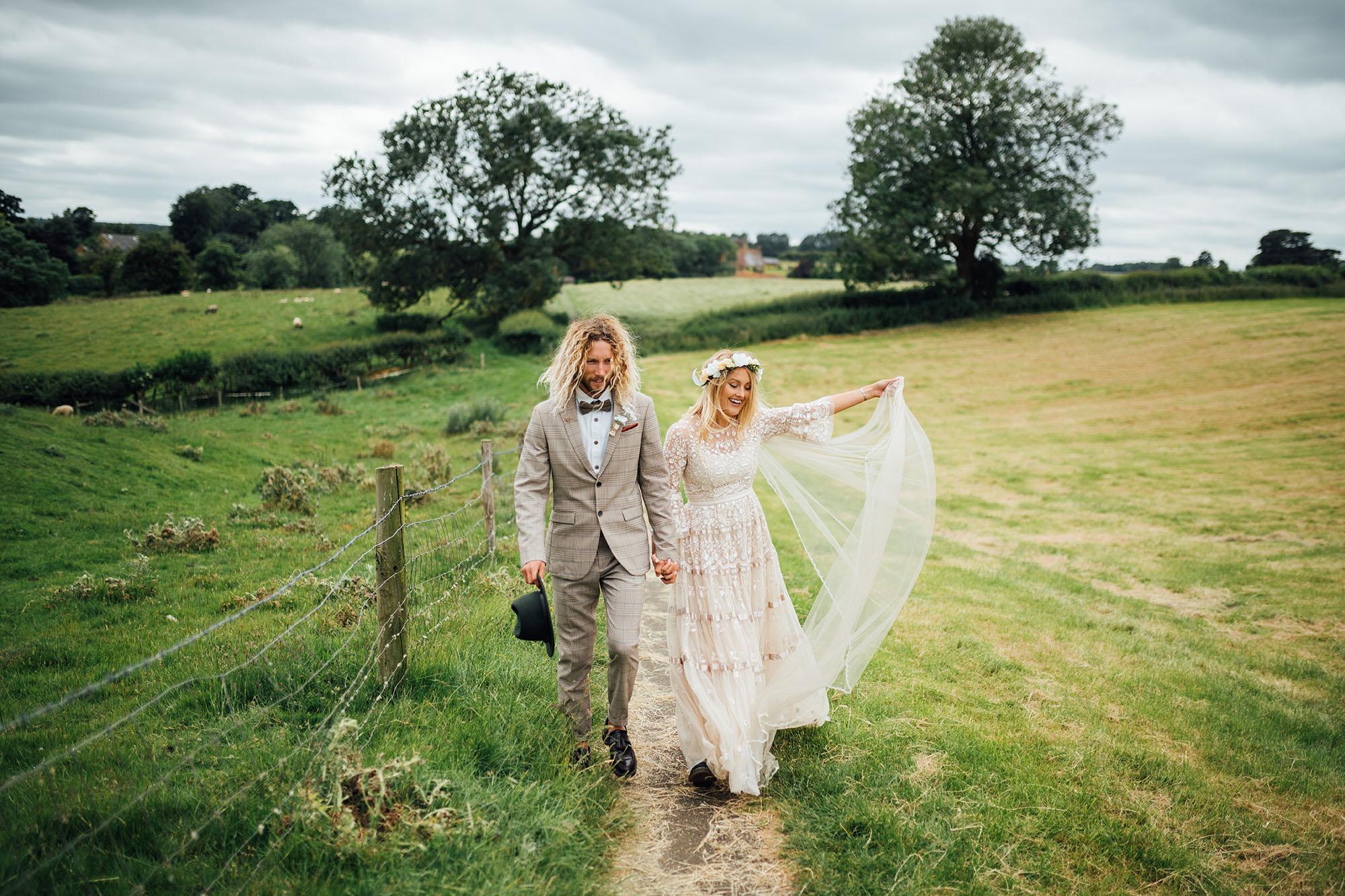 outdoor+wedding+photographer.jpg