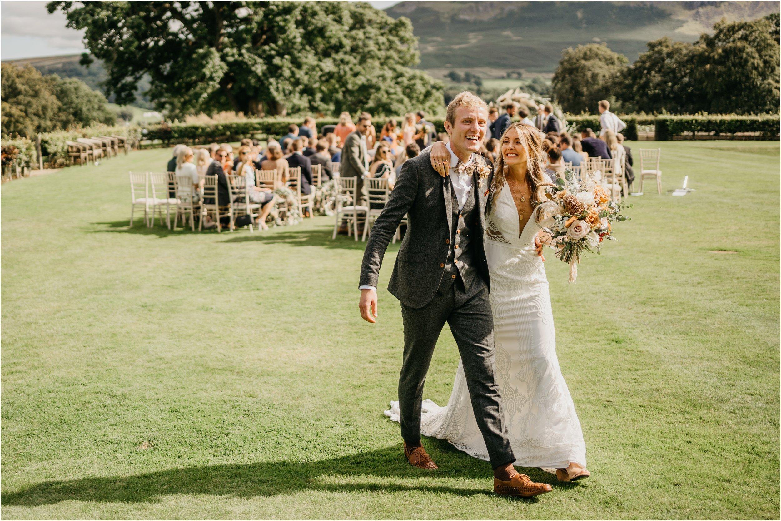 Lake District wedding photographers_0111.jpg