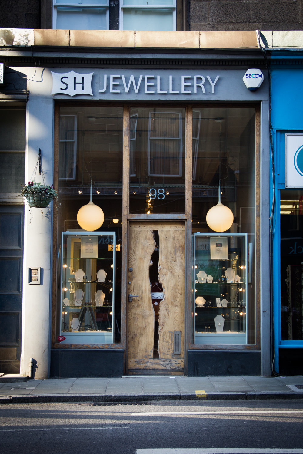 SH Jewellery in Morningside owned and ran by Sarah Hutchison