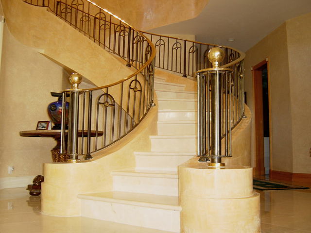venetian plastered walls and staircase