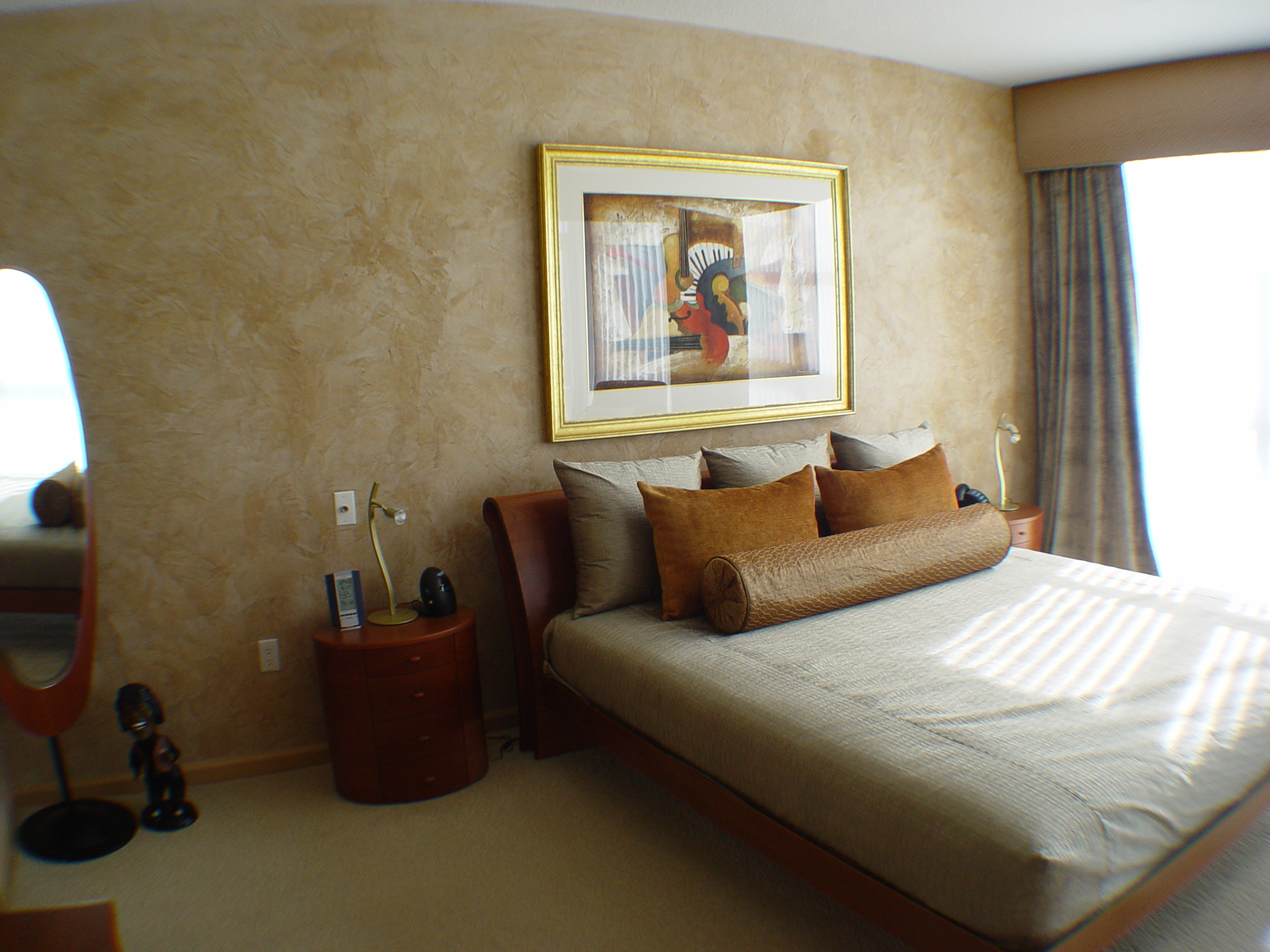 venetian plaster hotel