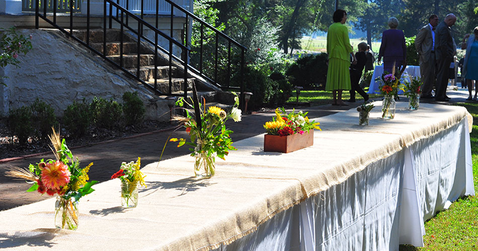 fall-wedding-table-arrangements-950x500.jpg