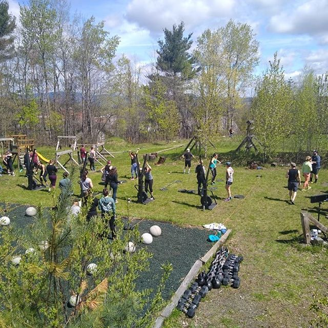 The sun is shining and we are soaking it up!  #2019crosspollinator  @champlainvalleyapiaries  @thefitboxx  @tresamigos_vt  @fatchancevt  @highmowingorganicseeds @vermontbrowniecompany____