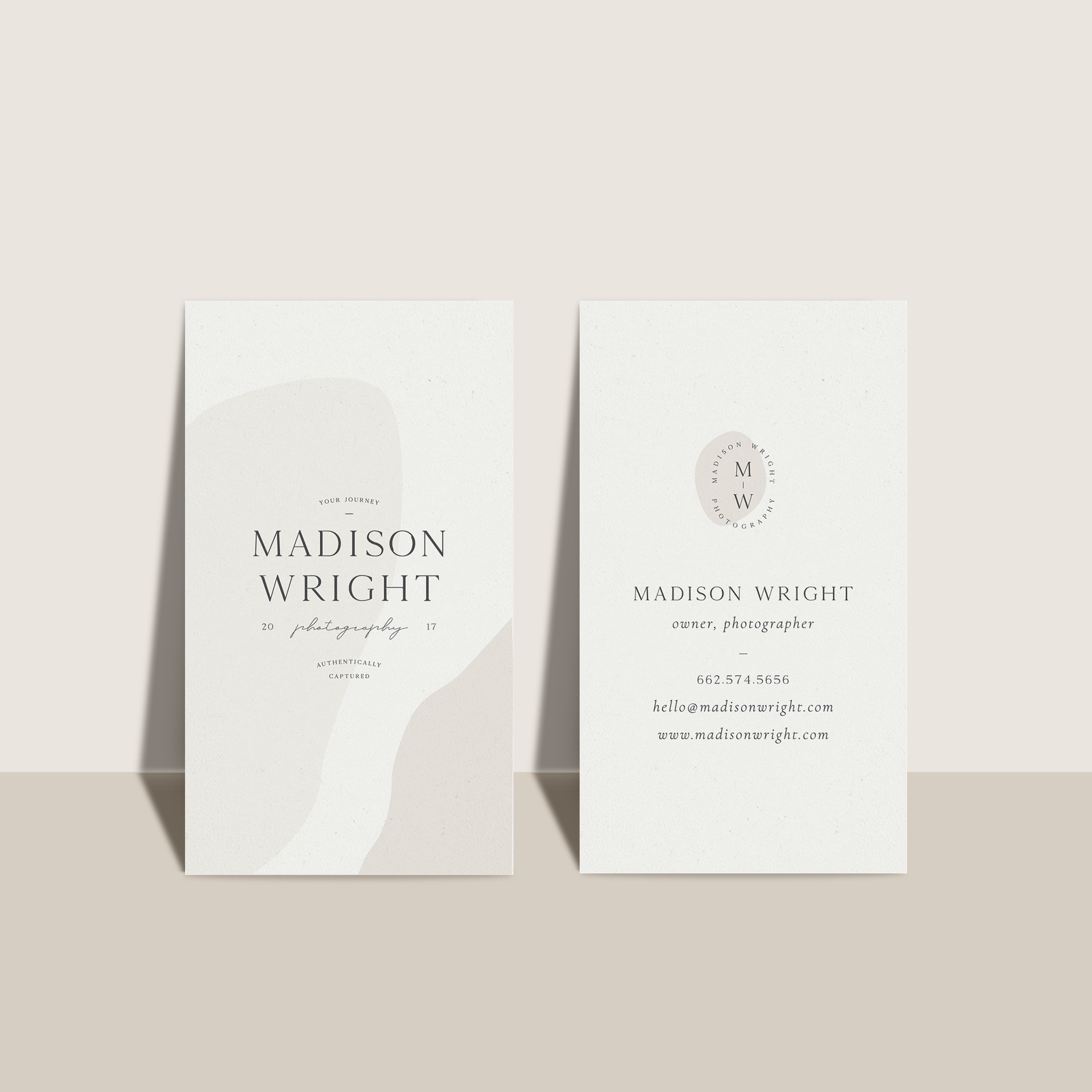 MW_Mockup_BusinessCards_NoShadow_Neutral.png