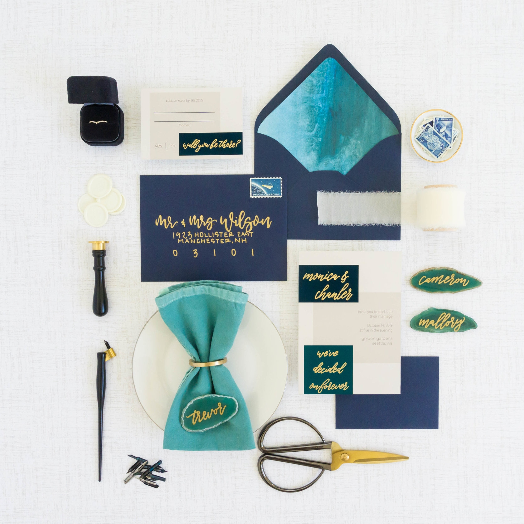 love-fern-design-studio-custom-wedding-invitations-for-the-modern-couple-modern-calligraphy-in-seattle-washington-custom-wedding-stationery15.jpg