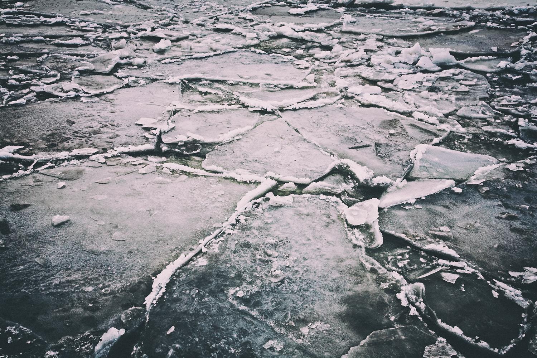 Ice on the Hudson River, New York, NY