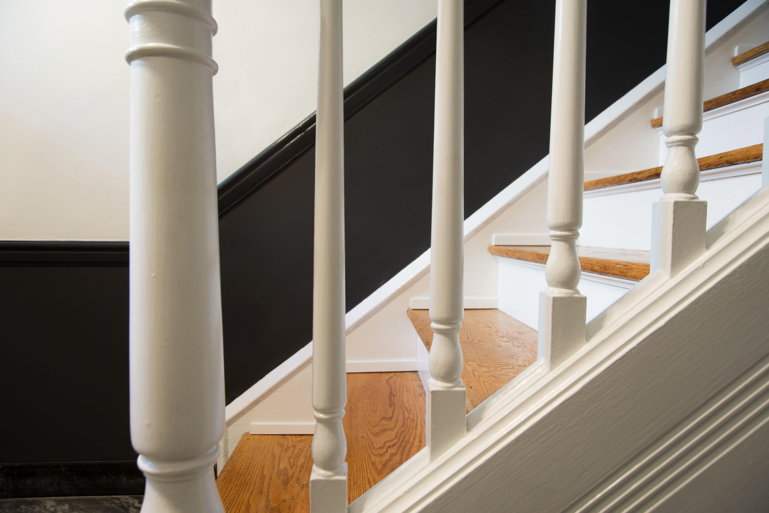 3-Entrance-Stair- Detail-4986.jpg