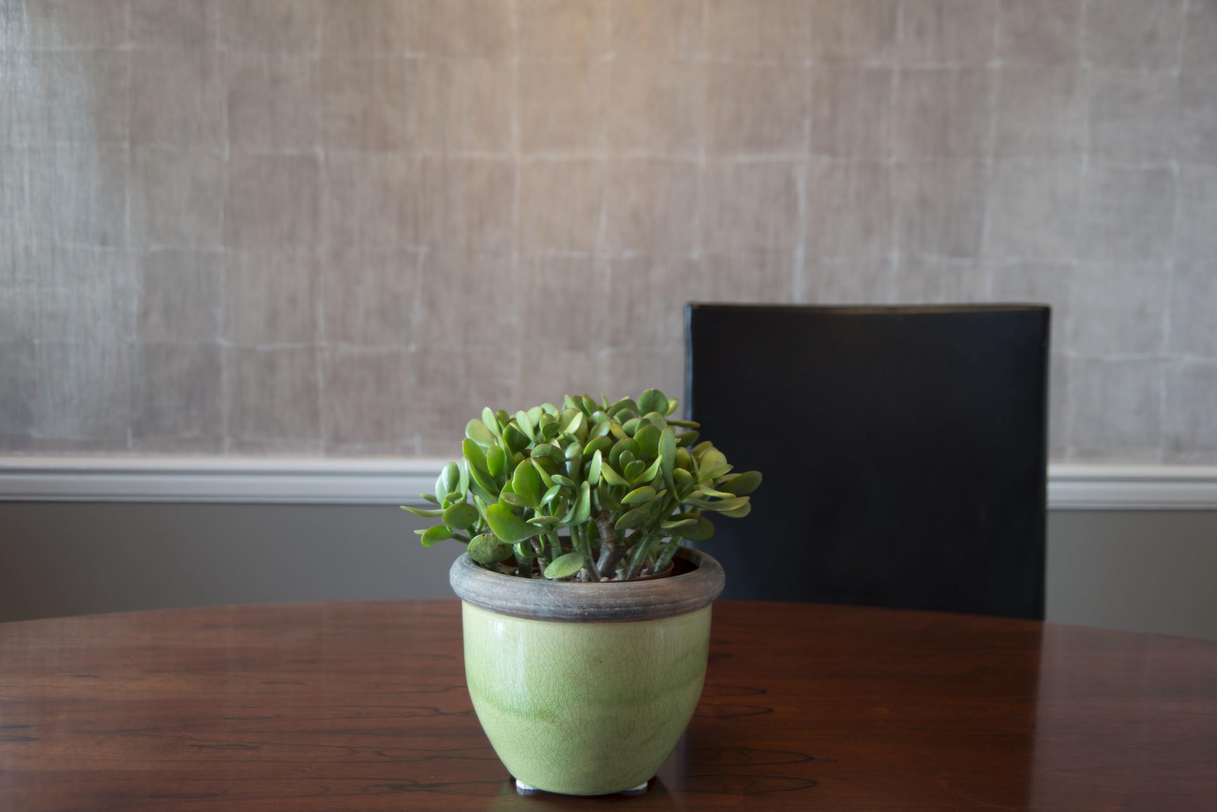 10-Dining-Detail-Plant-4761.jpg