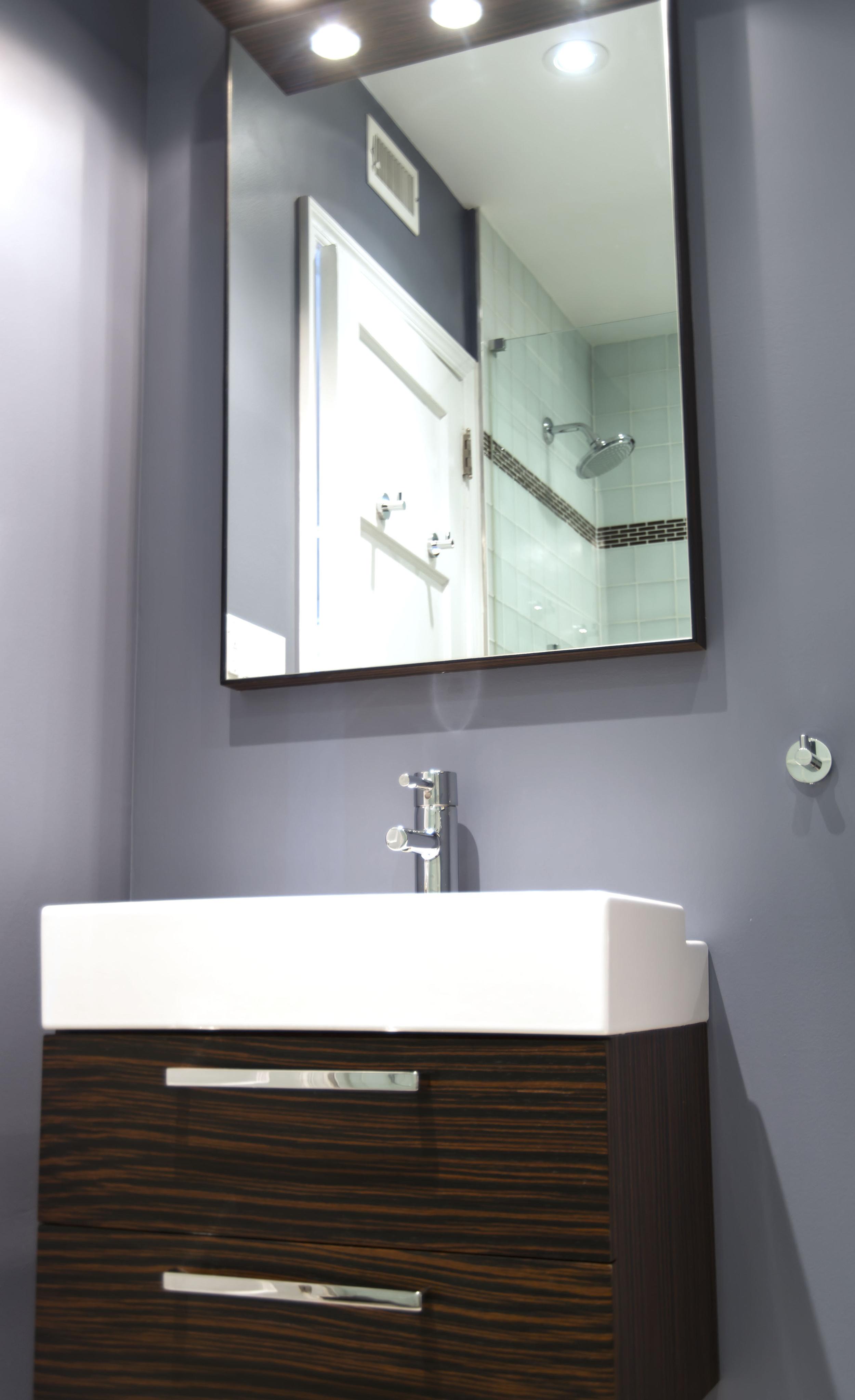 18-Guest-Bathroom-Up-Detail-Sink-4879.jpg