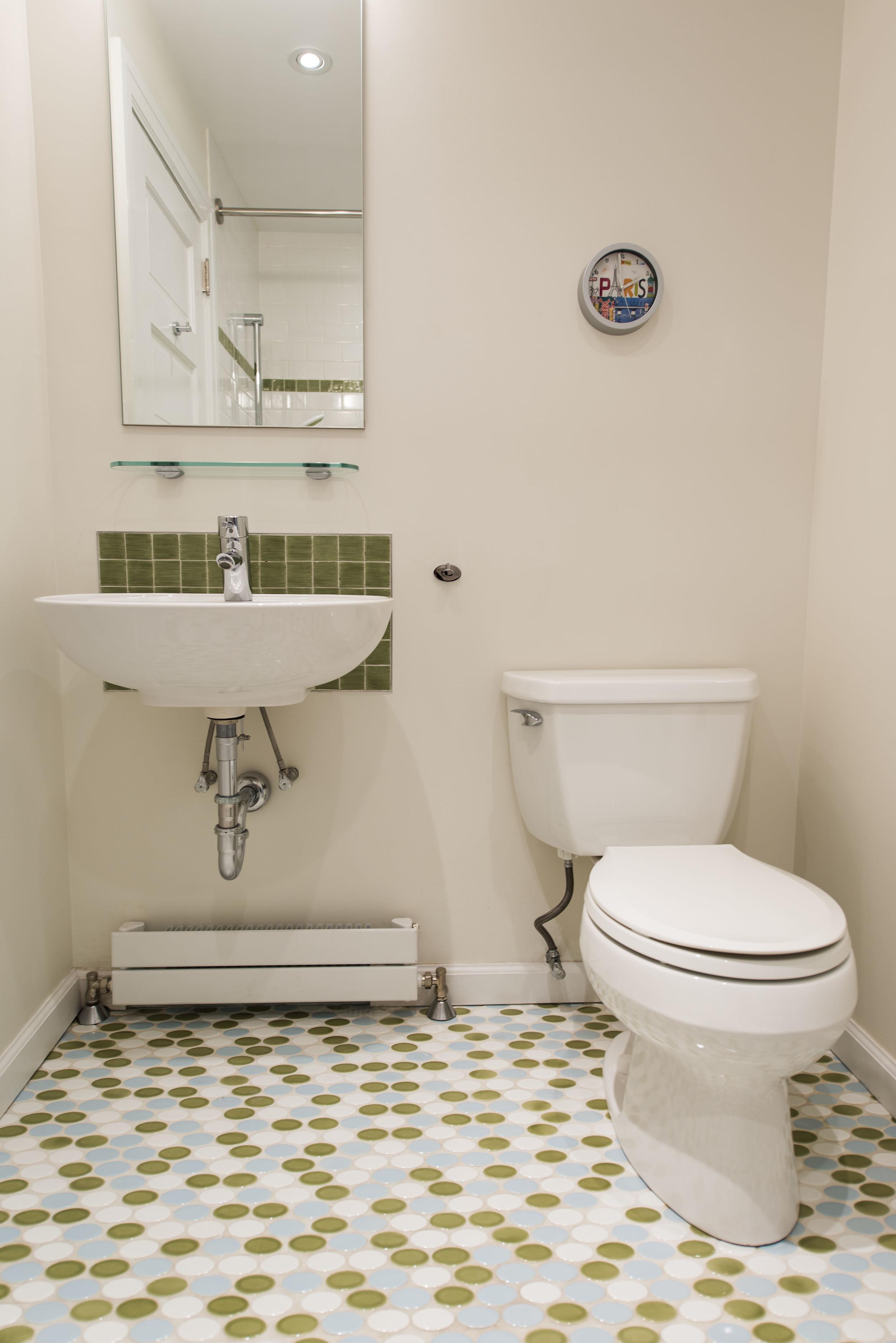 21-Kid-Bathroom-4832.jpg