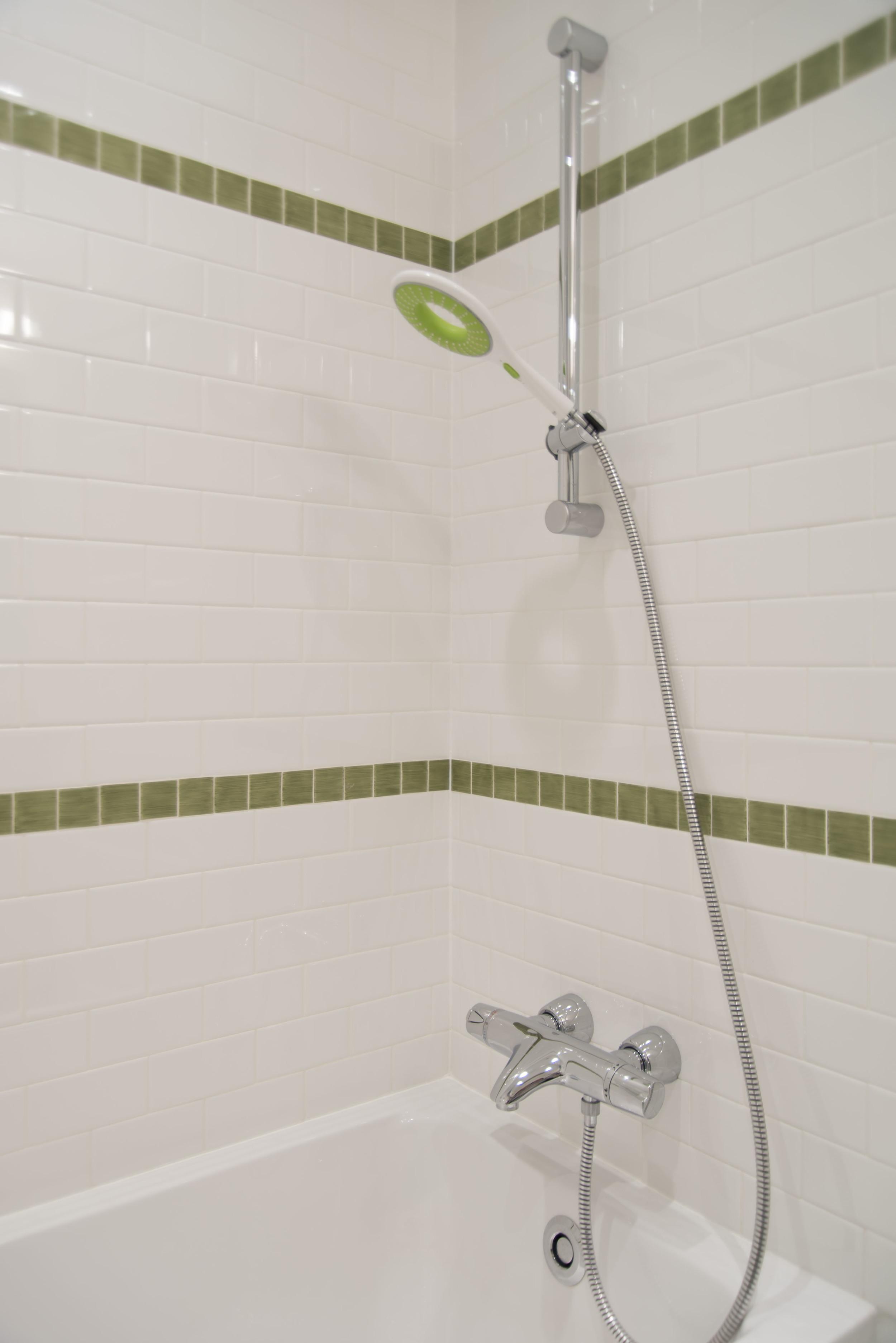 22-Kid-Bathroom-Detail-4856.jpg