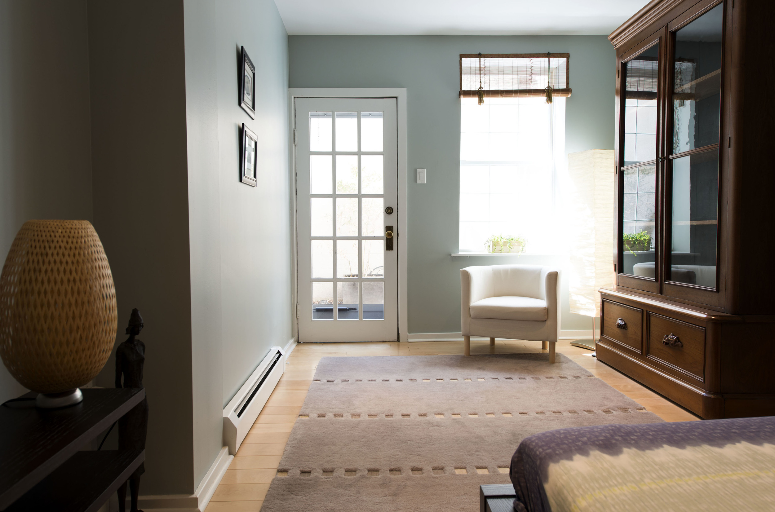 31-Guest-Bedroom-Out-4949.jpg