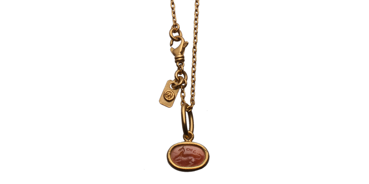 amy-moss_pendant_necklace.jpg