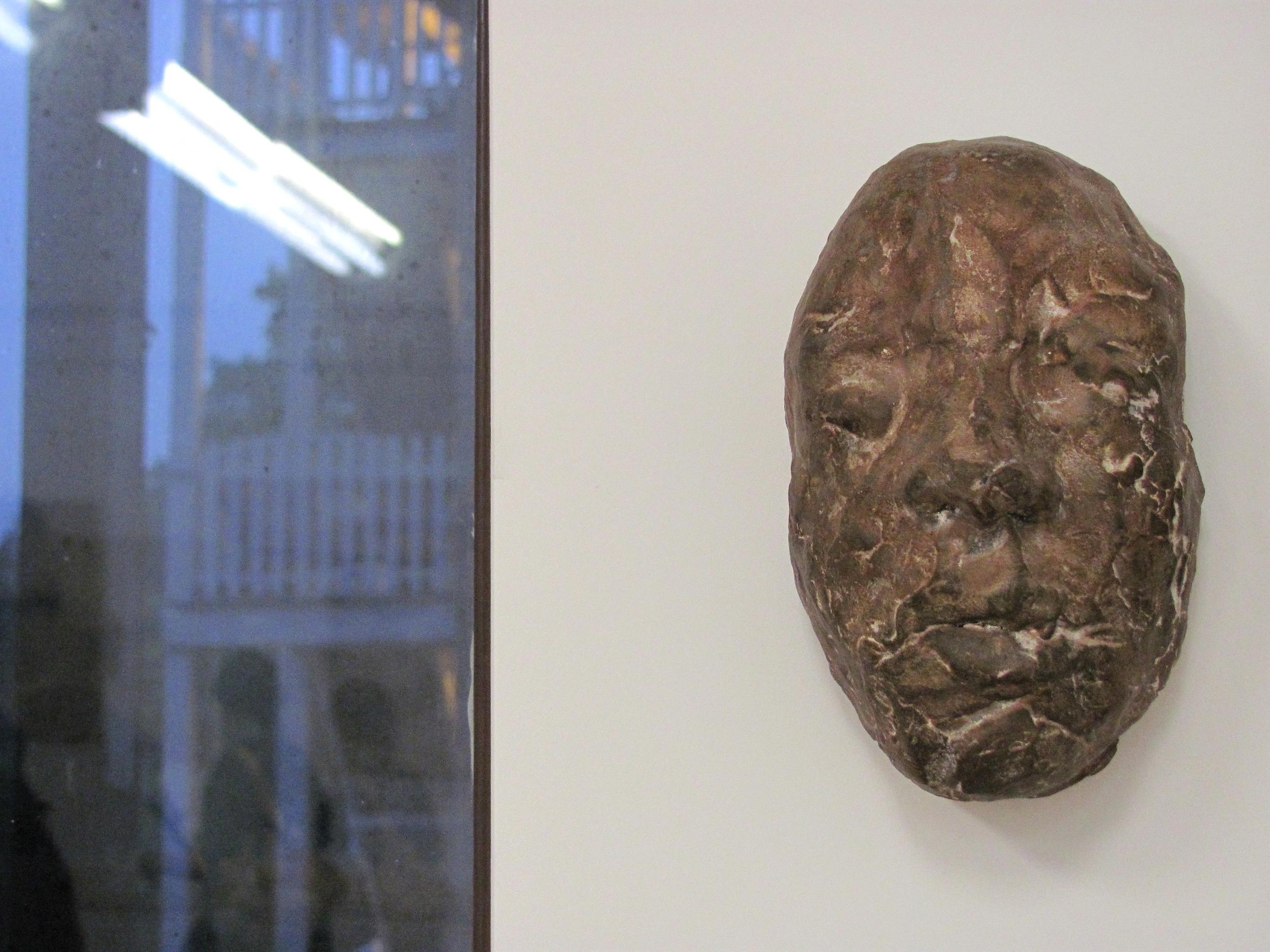 16. Elusie Gallery - 2010.jpg
