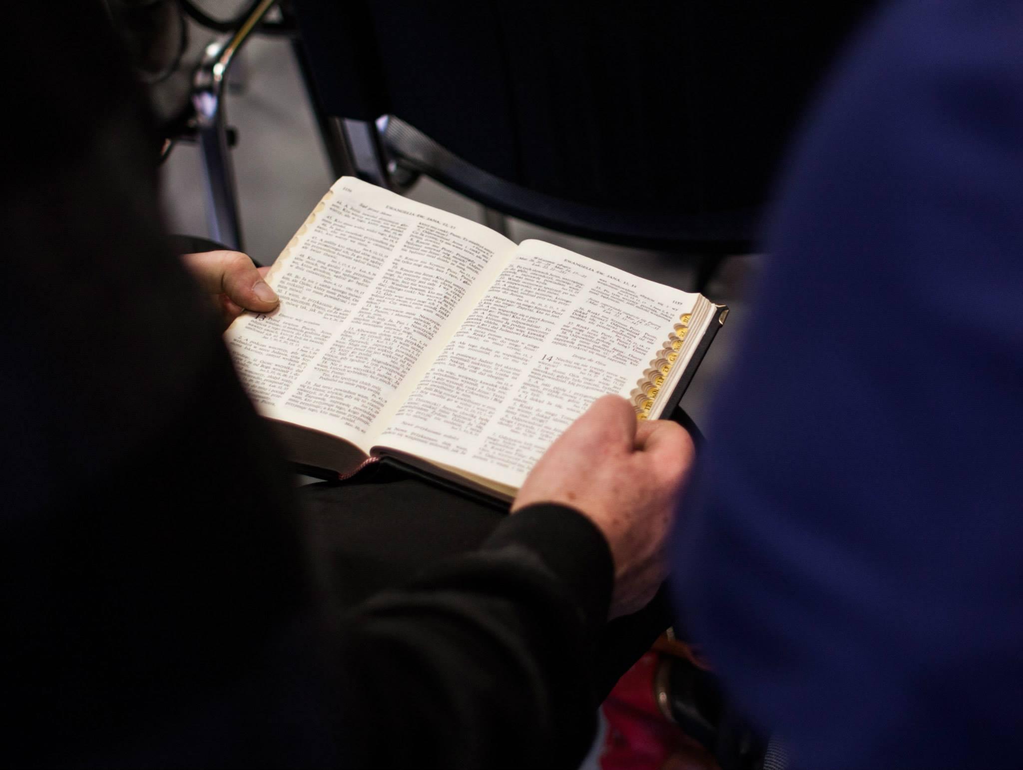 Biblia wiele mówi o modlitwie, zadziwiające, że jeszcze nie wszystko odkryliśmy.