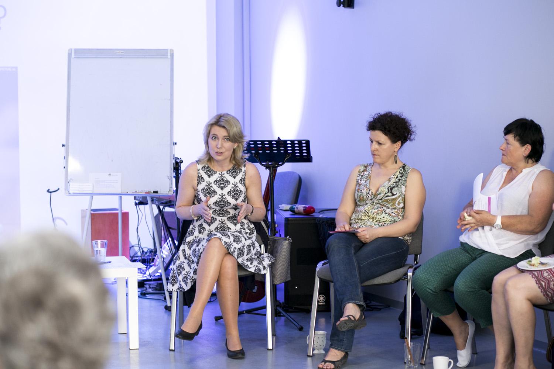Pani Agnieszka Kowalewska rozpoczęła spotkanie od wytłumaczenia jak ważne są granice i czym one w ogóle są.