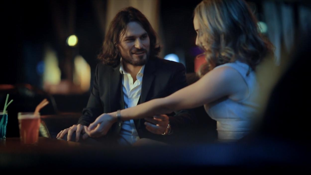 Super Seducer - https://www.google.com/amp/s/motherboard.vice.com/amp/en_us/article/4374qn/super-seducer-pua-video-game-steam-playstation