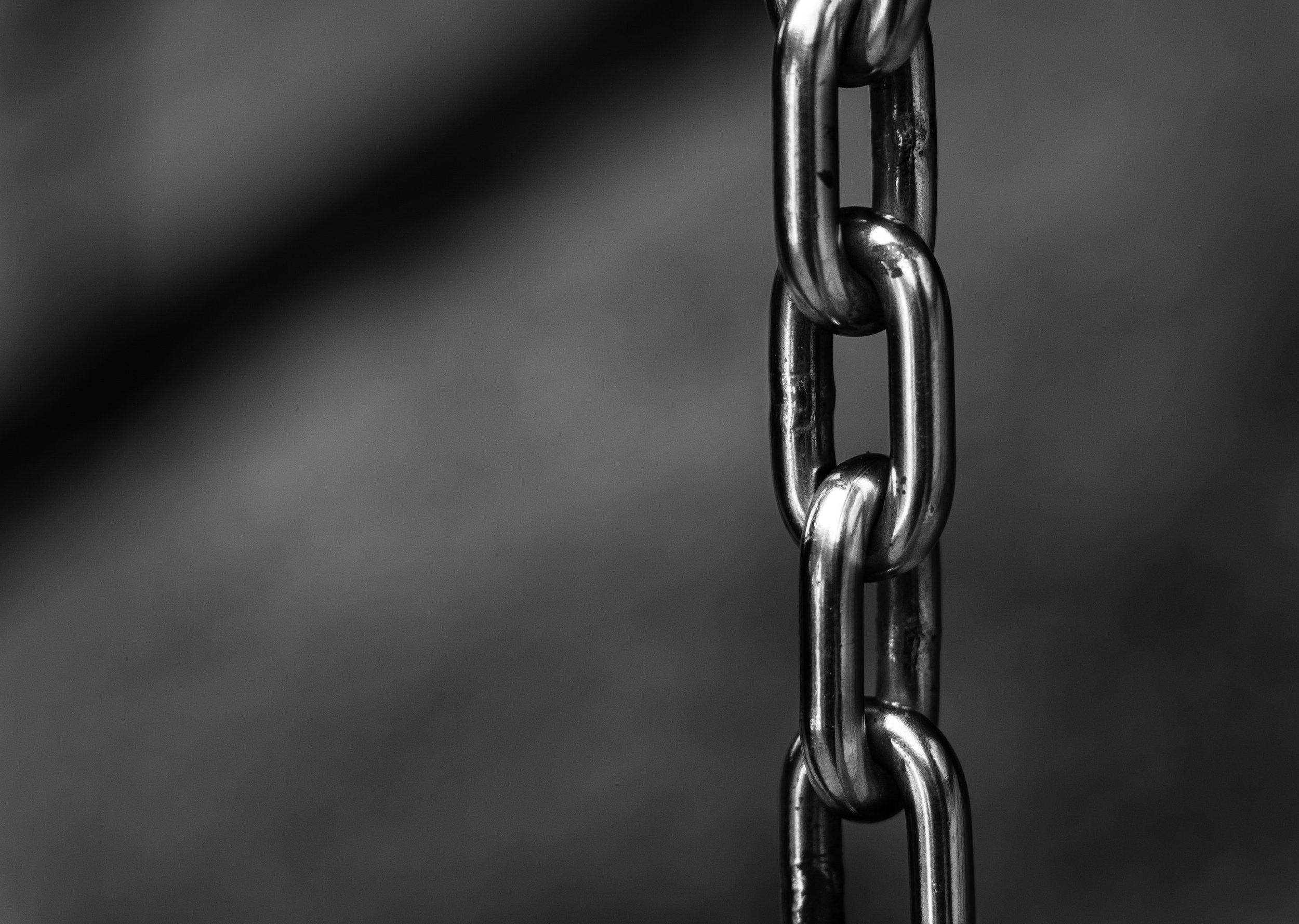 blur-chains-chrome-220237.jpg