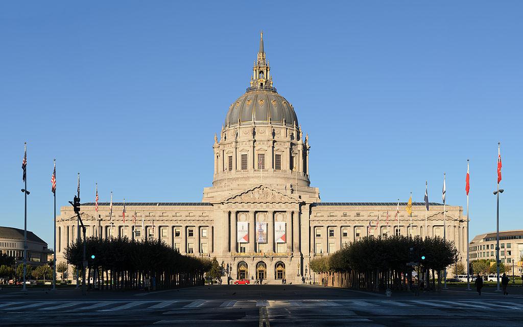 San Francisco city hall. photo:  King of Hearts